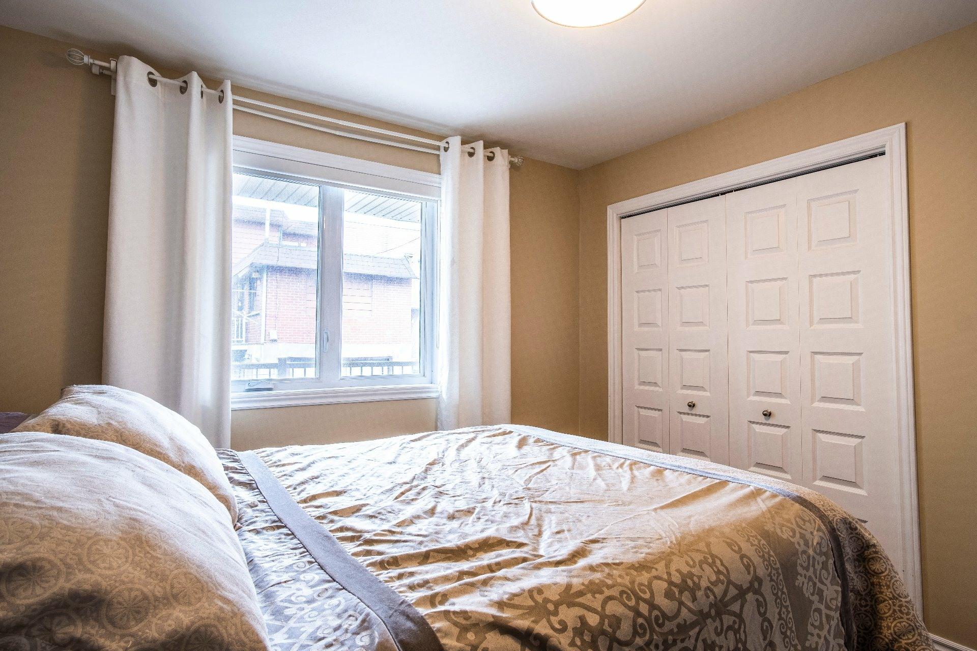 image 15 - Appartement À vendre Lachine Montréal  - 9 pièces