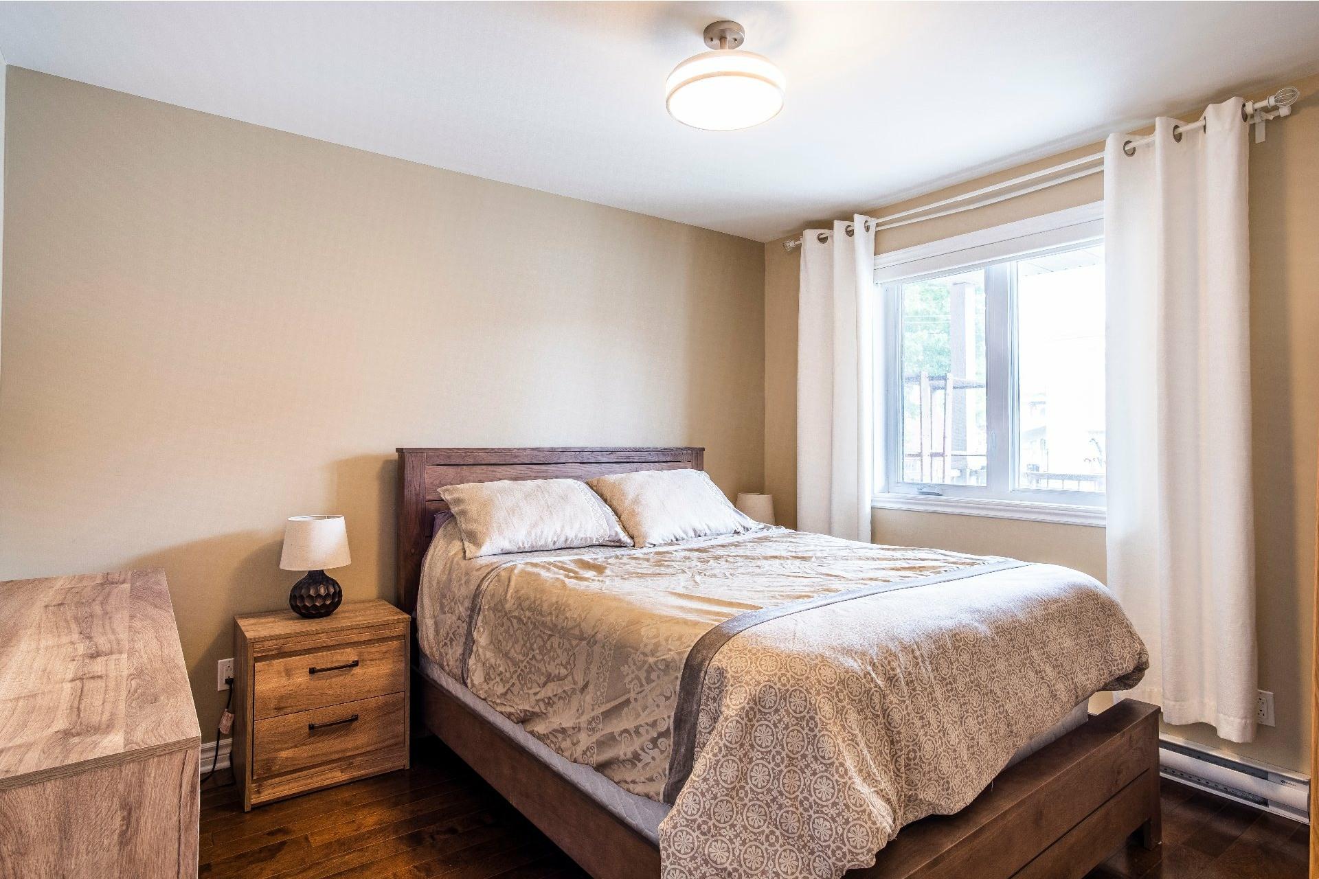 image 14 - Appartement À vendre Lachine Montréal  - 9 pièces