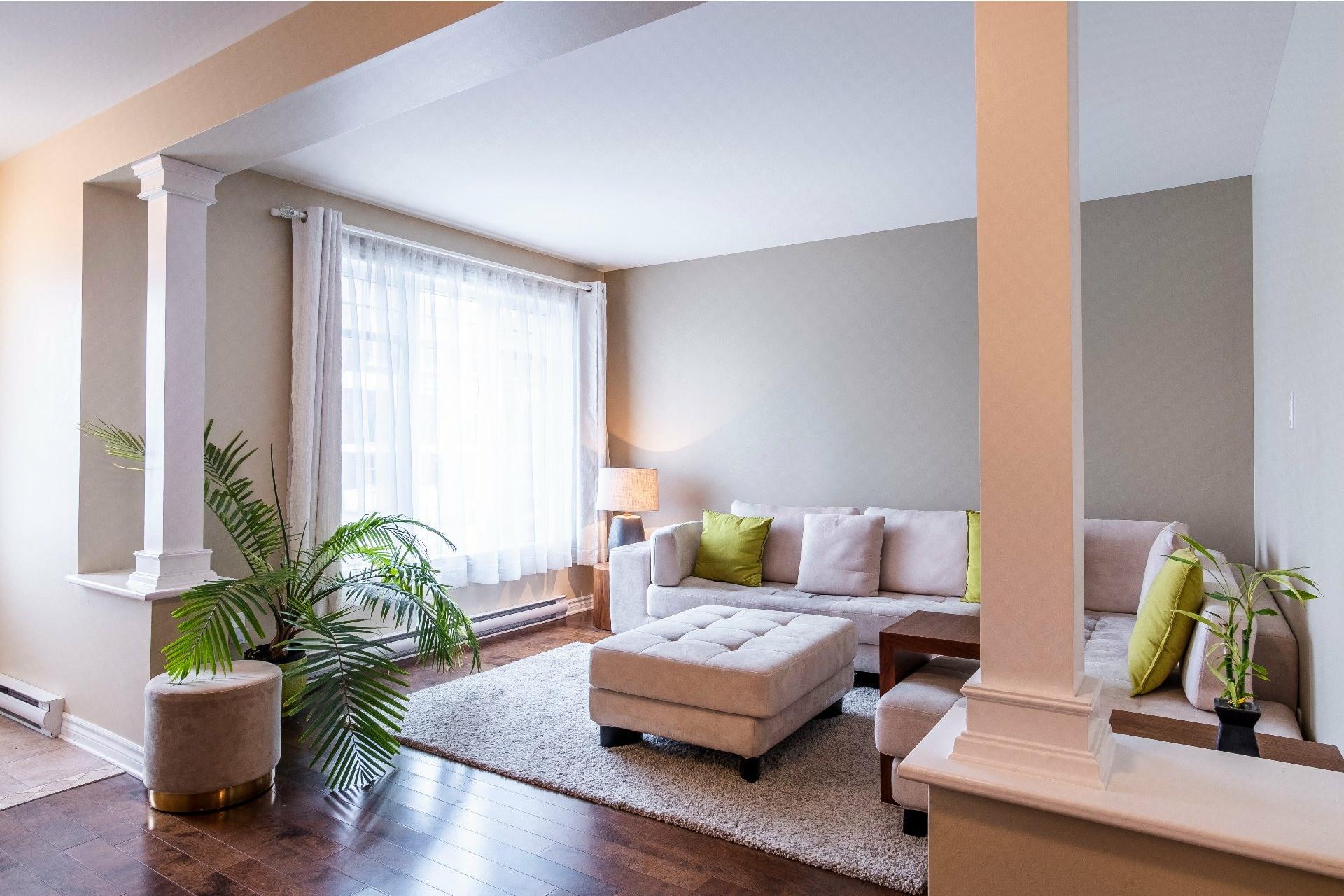 image 0 - Appartement À vendre Lachine Montréal  - 9 pièces