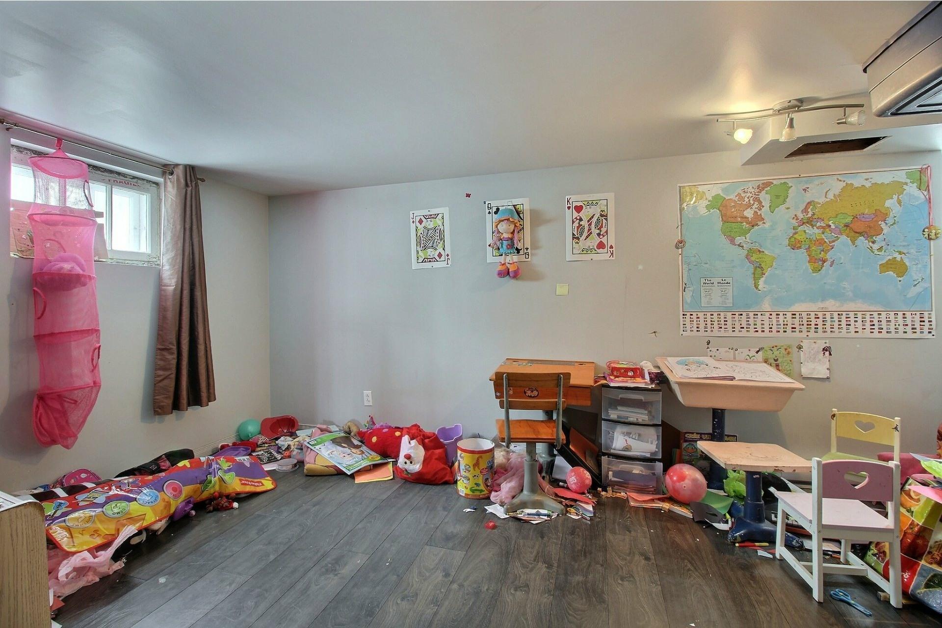 image 12 - Maison À vendre Sainte-Anne-des-Plaines - 8 pièces
