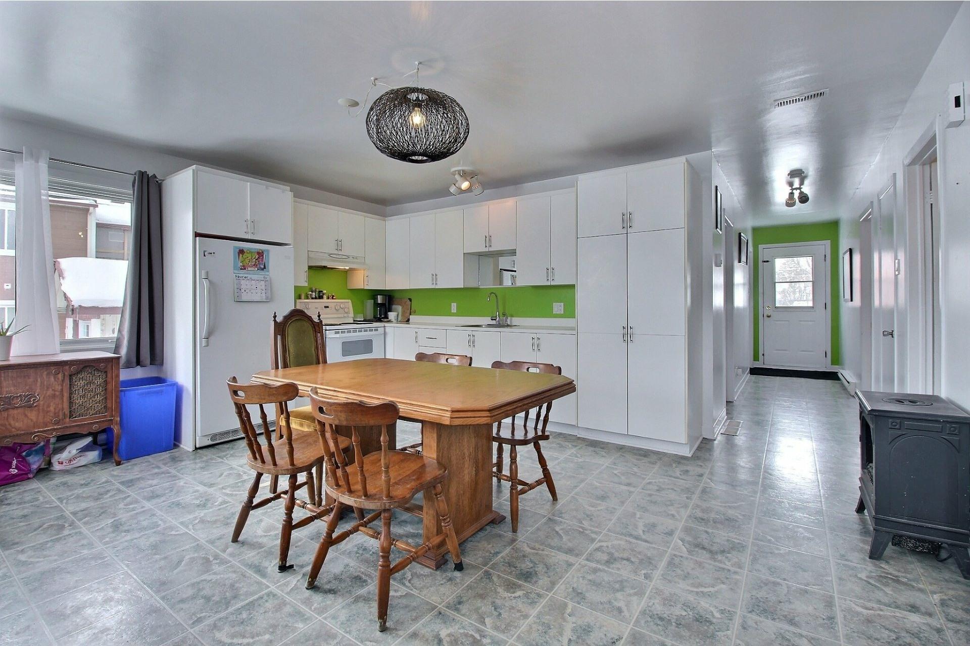 image 7 - Maison À vendre Sainte-Anne-des-Plaines - 8 pièces