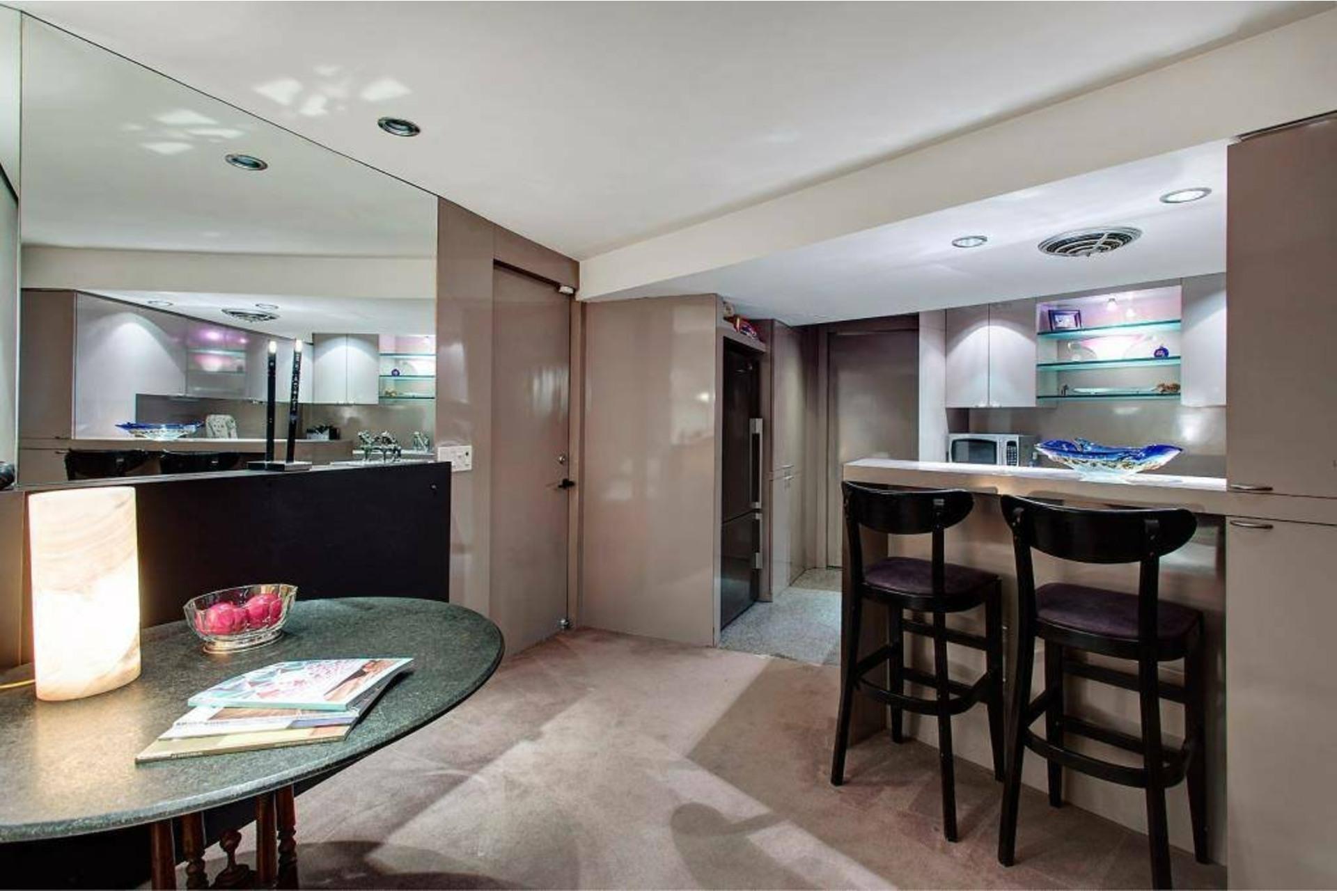image 7 - Apartment For sale Côte-des-Neiges/Notre-Dame-de-Grâce Montréal  - 6 rooms