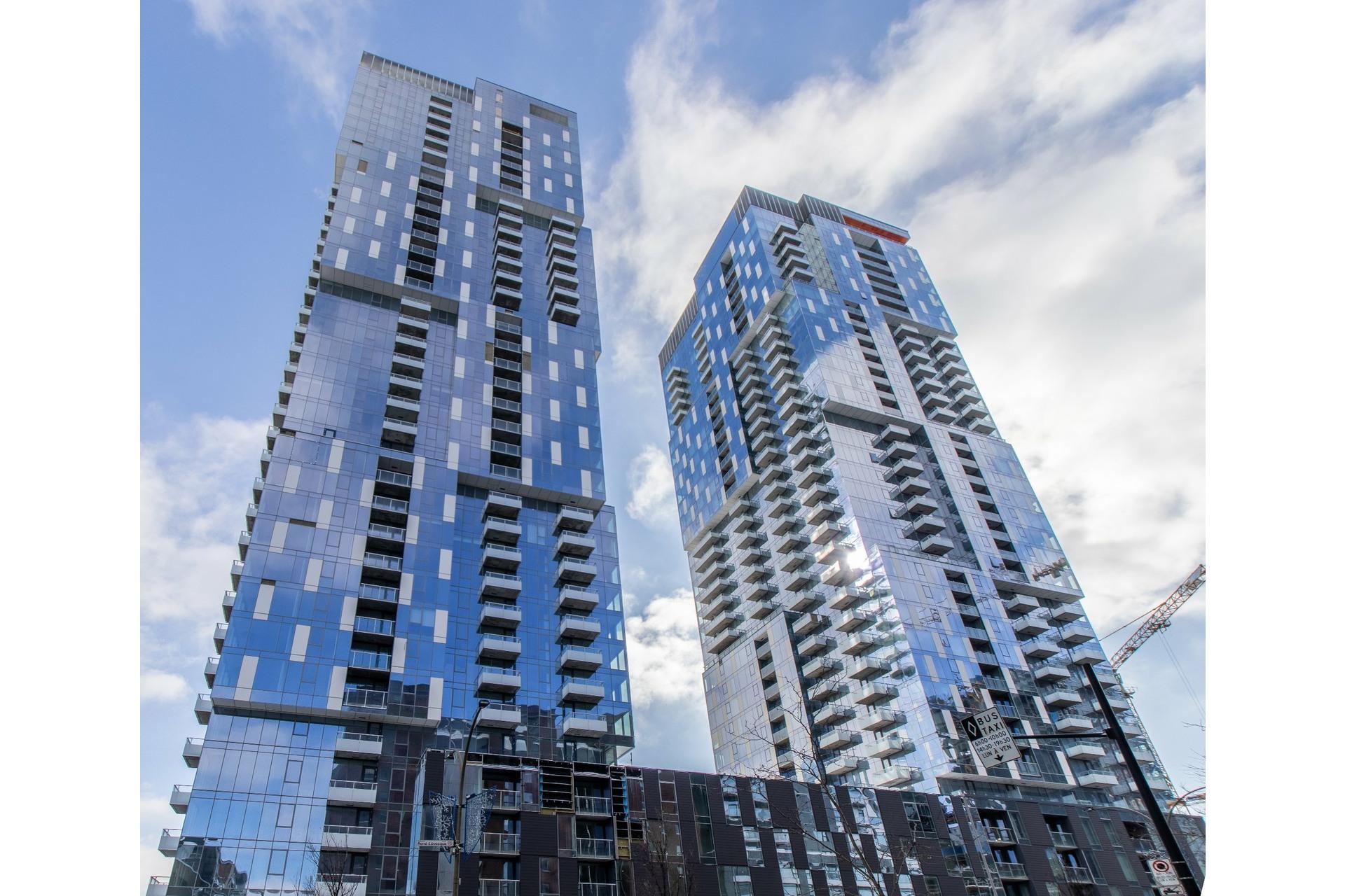 image 0 - Appartement À vendre Ville-Marie Montréal  - 3 pièces