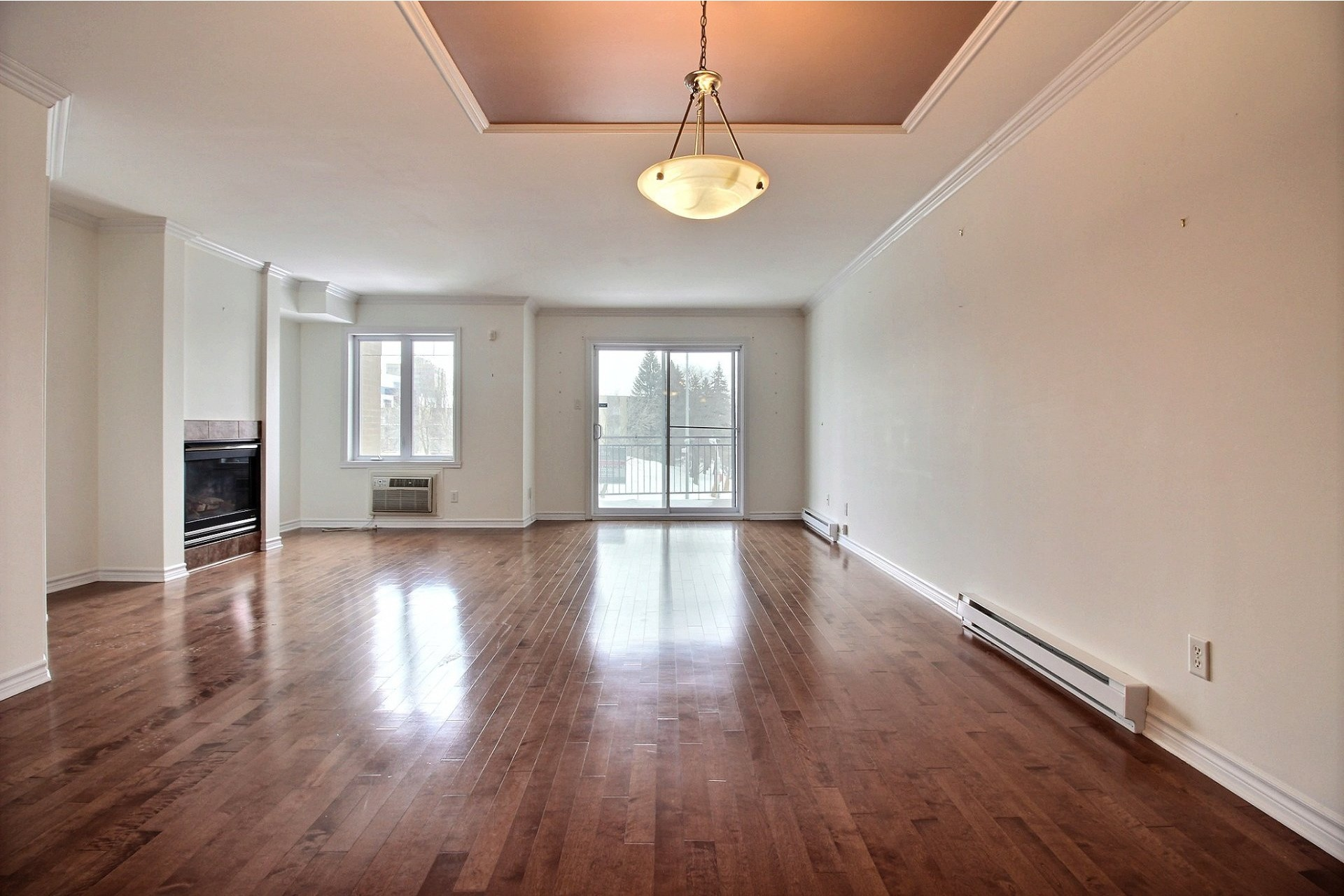 image 6 - Apartment For rent Chomedey Laval  - 9 rooms