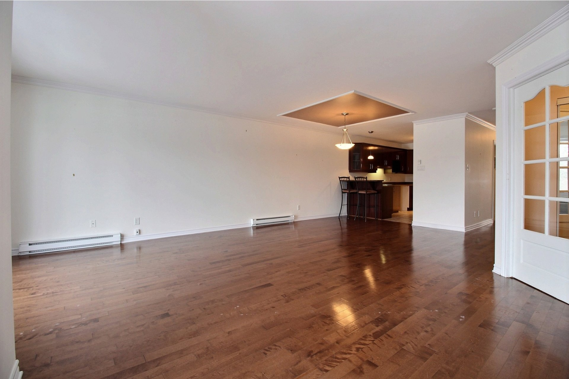 image 2 - Apartment For rent Chomedey Laval  - 9 rooms