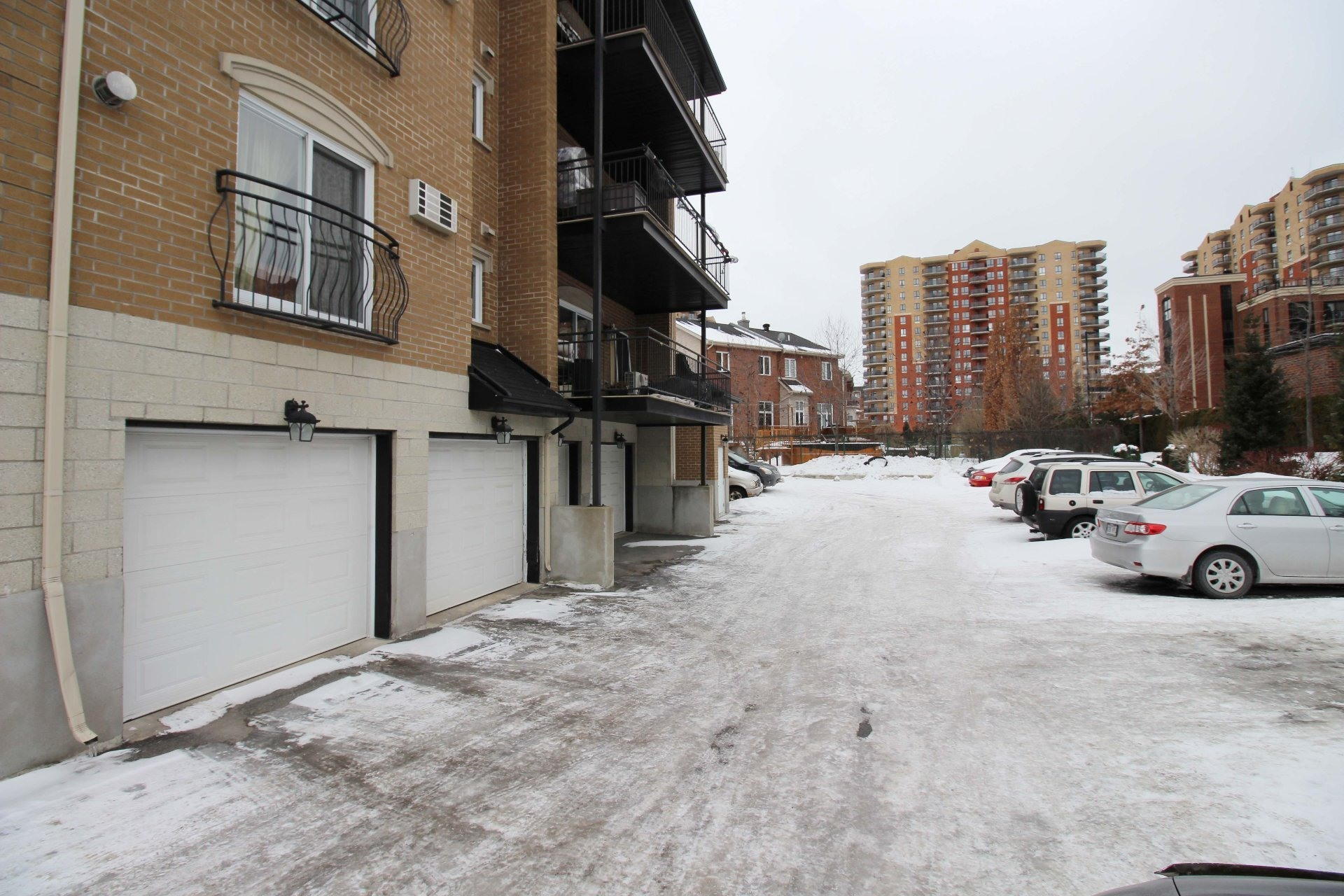 image 19 - Apartment For rent Chomedey Laval  - 9 rooms