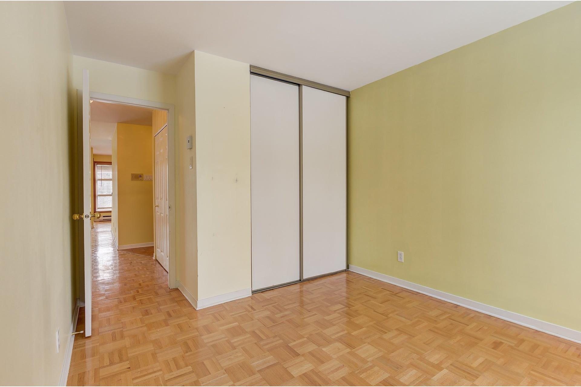 image 16 - Appartement À louer Le Sud-Ouest Montréal  - 7 pièces