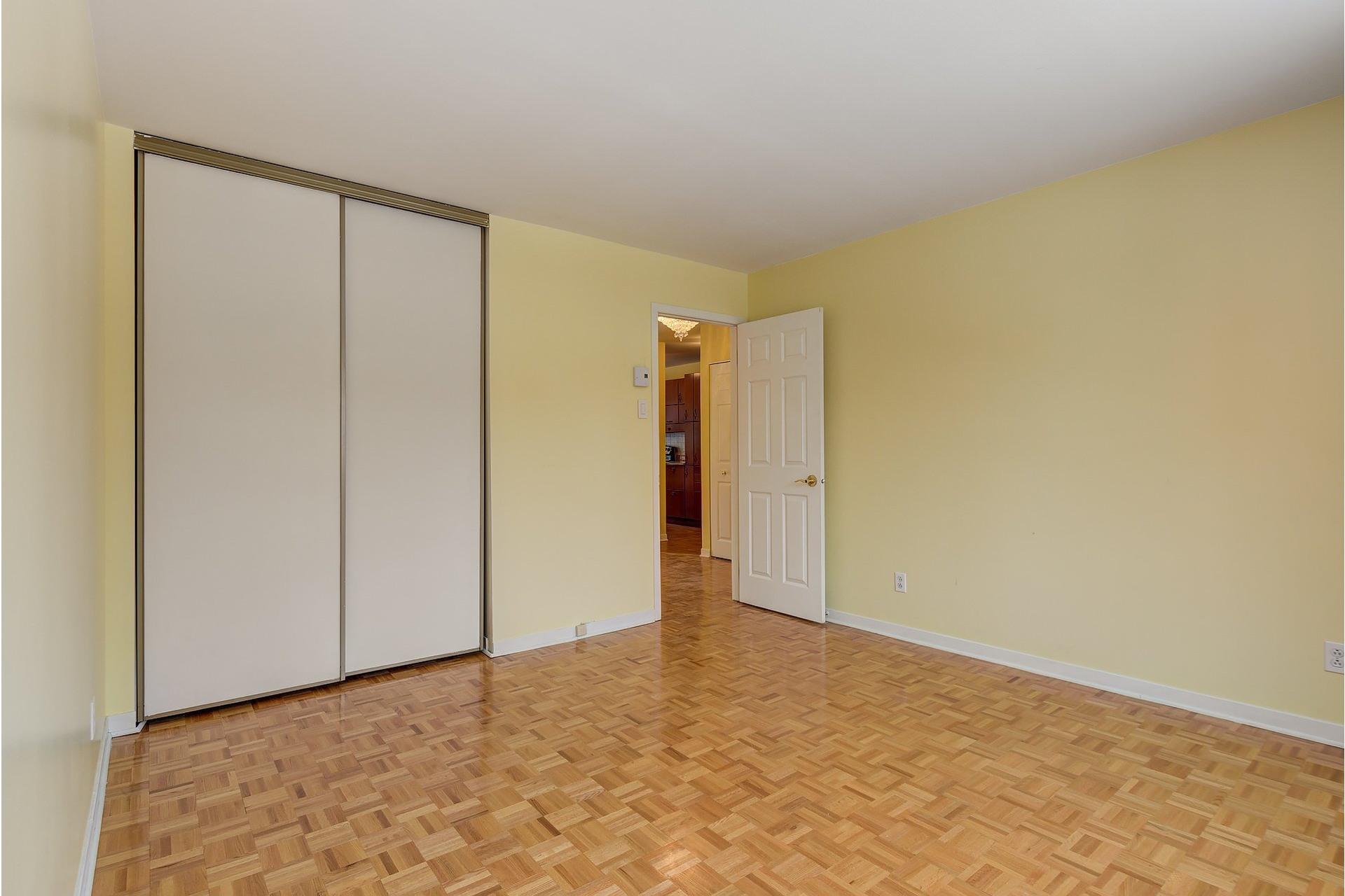 image 13 - Appartement À louer Le Sud-Ouest Montréal  - 7 pièces