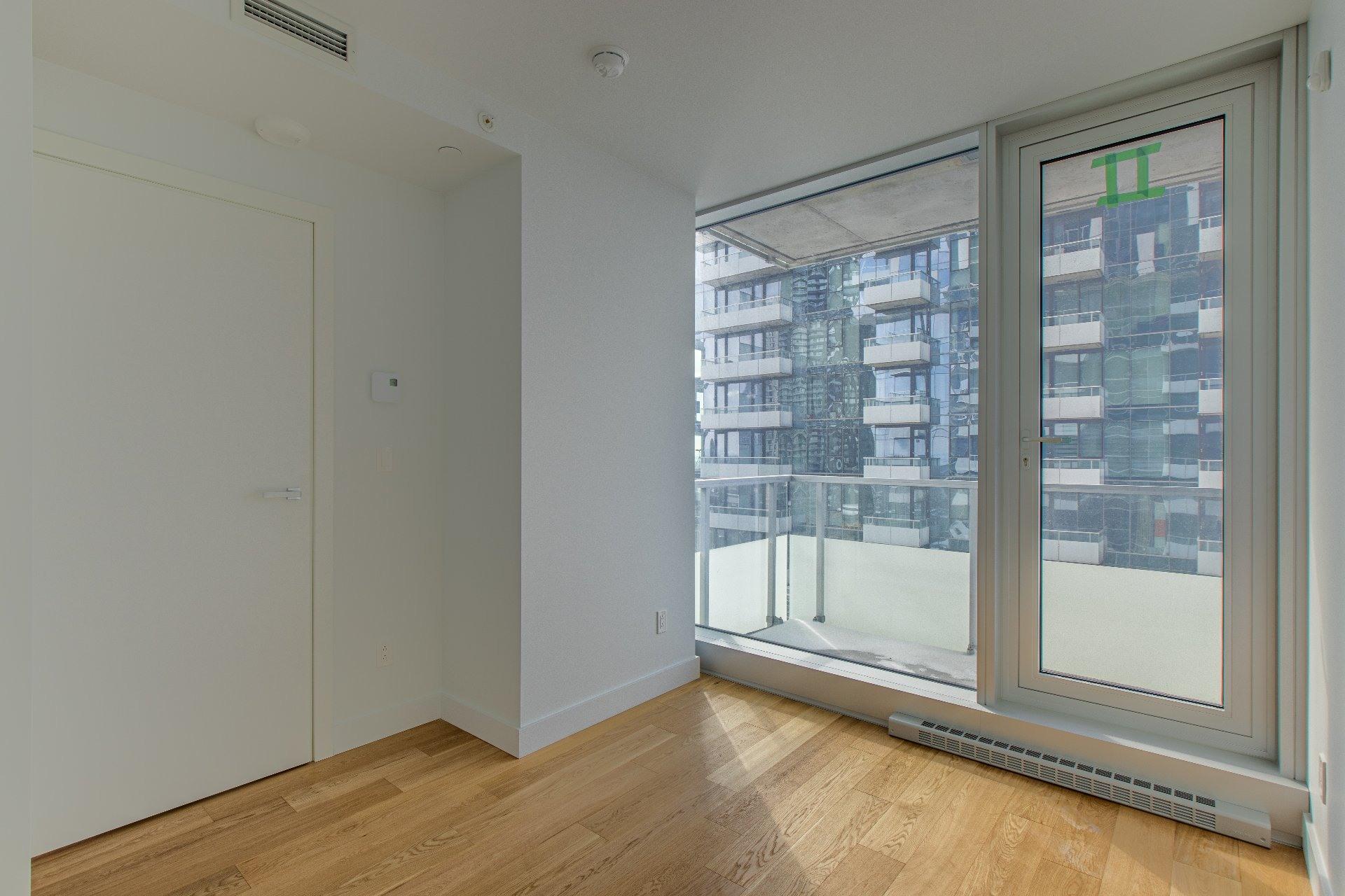 image 8 - Appartement À vendre Ville-Marie Montréal  - 3 pièces
