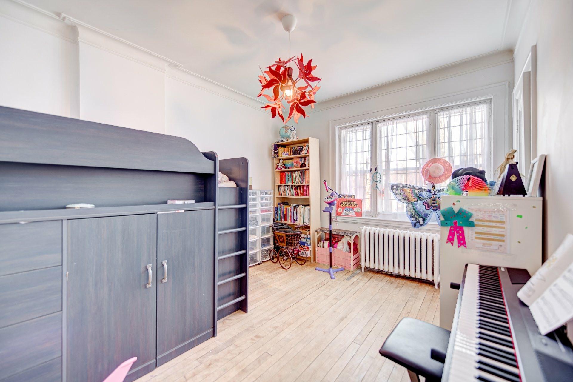 image 27 - House For sale Côte-des-Neiges/Notre-Dame-de-Grâce Montréal  - 10 rooms