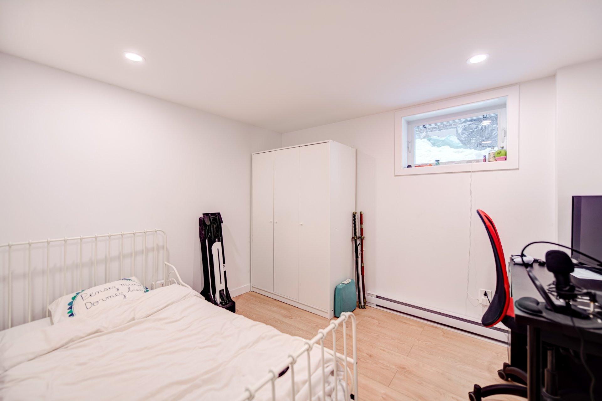 image 33 - House For sale Côte-des-Neiges/Notre-Dame-de-Grâce Montréal  - 10 rooms