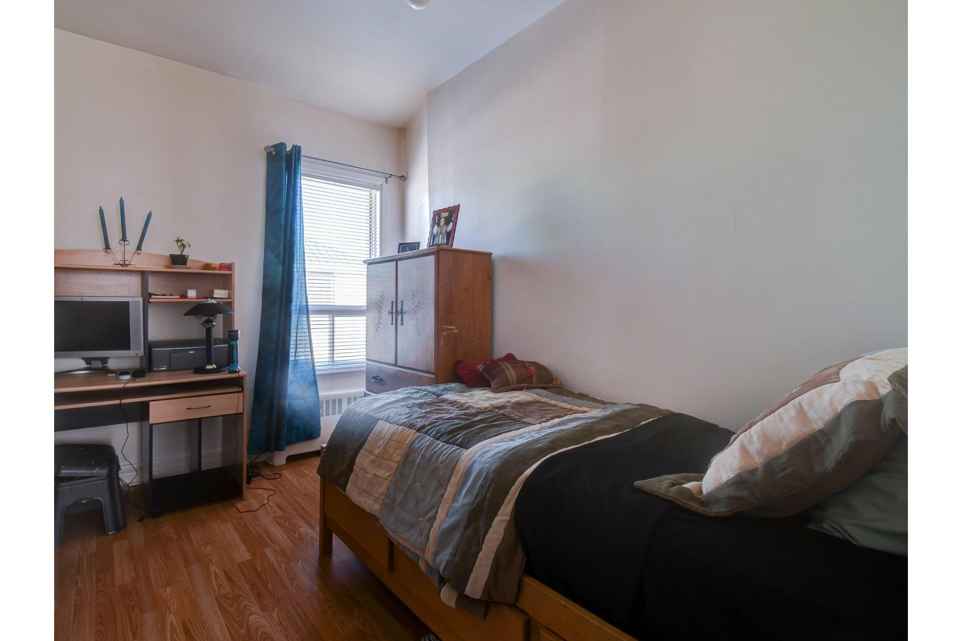 image 12 - Duplex For sale Sainte-Thècle - 6 rooms