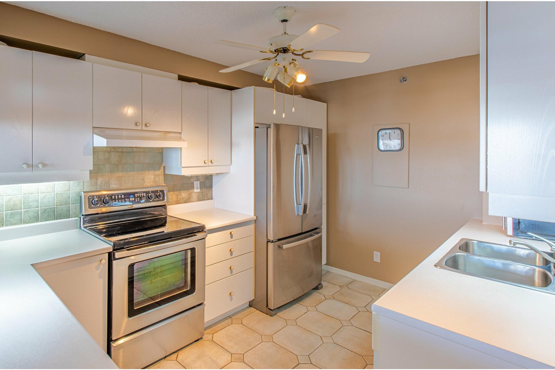 image 6 - 公寓 出售 Pierrefonds-Roxboro Montréal  - 8 室