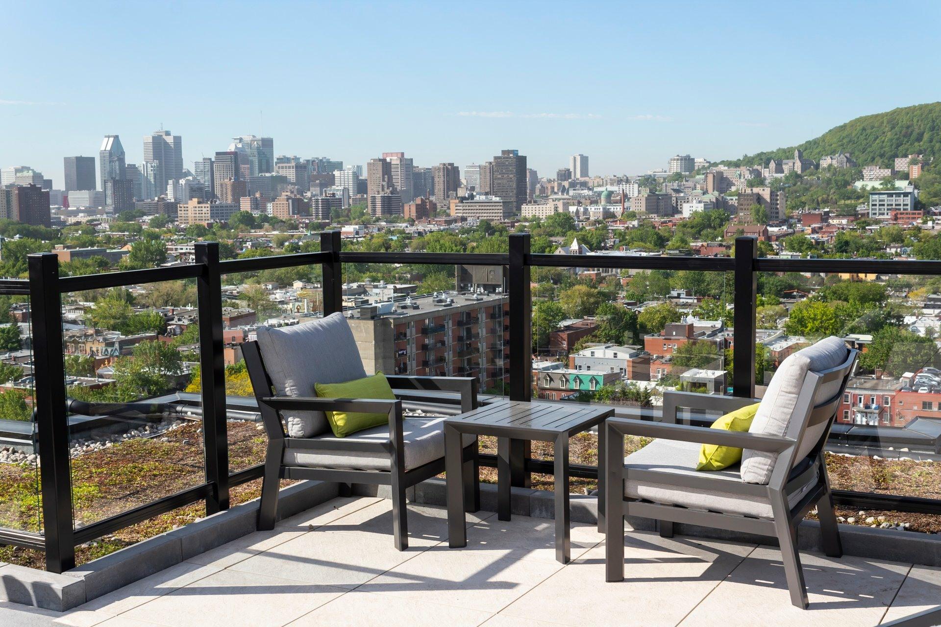 image 0 - Apartment For rent Le Plateau-Mont-Royal Montréal  - 4 rooms