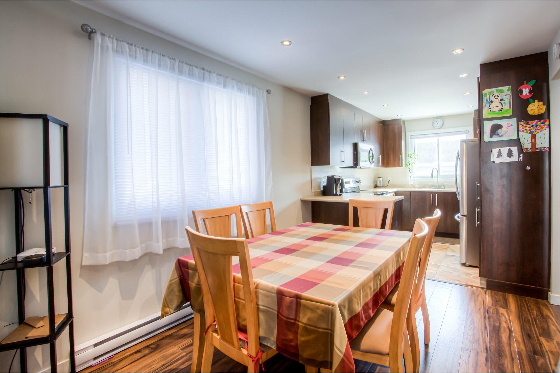 image 9 - House For rent Pierrefonds-Roxboro Montréal  - 9 rooms