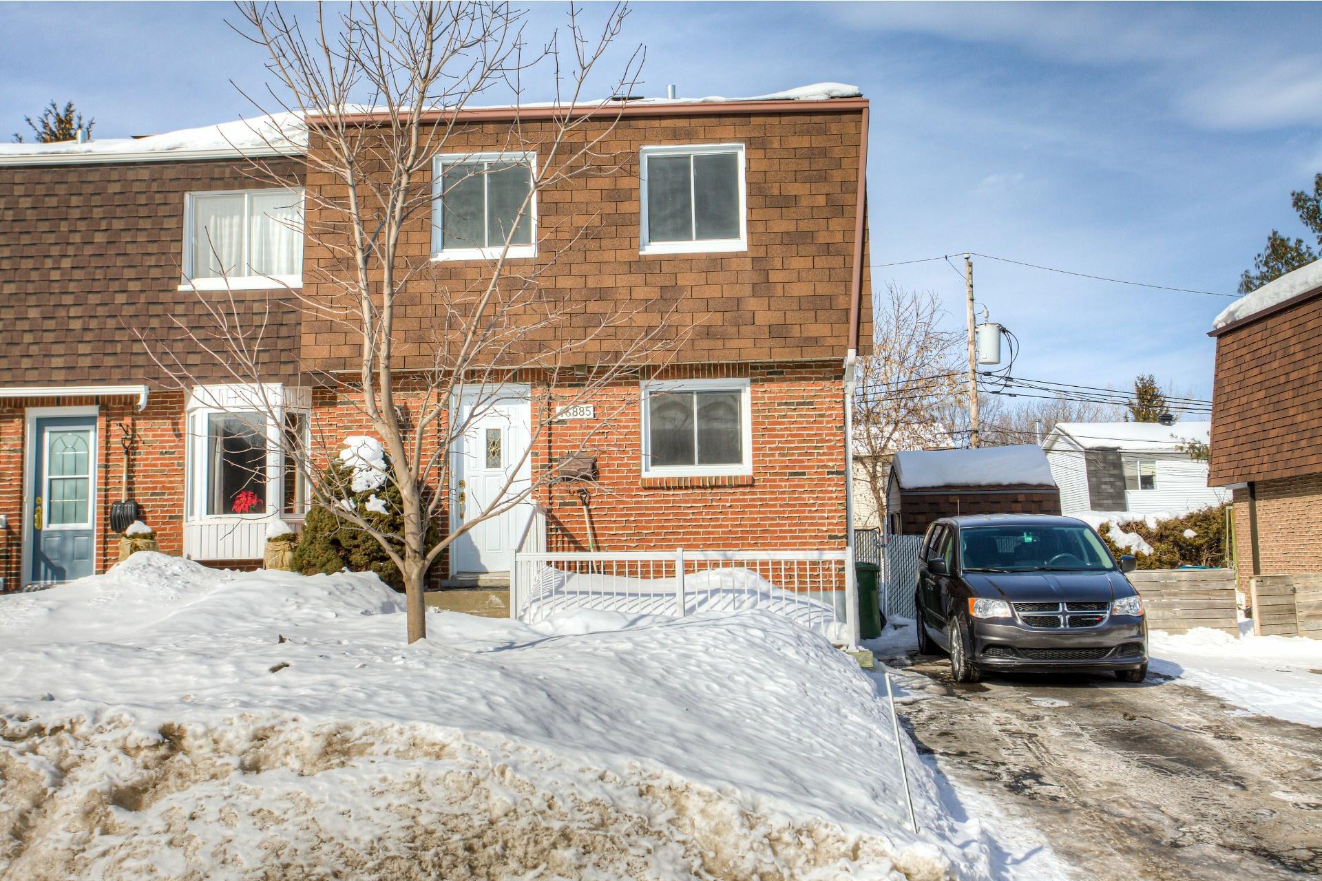 image 1 - House For rent Pierrefonds-Roxboro Montréal  - 9 rooms
