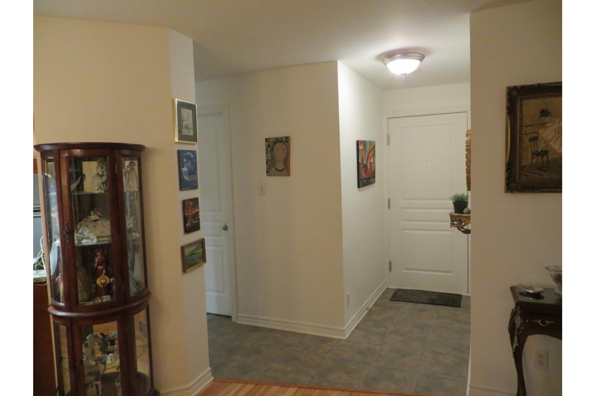 image 5 - Appartement À vendre Côte-des-Neiges/Notre-Dame-de-Grâce Montréal  - 6 pièces
