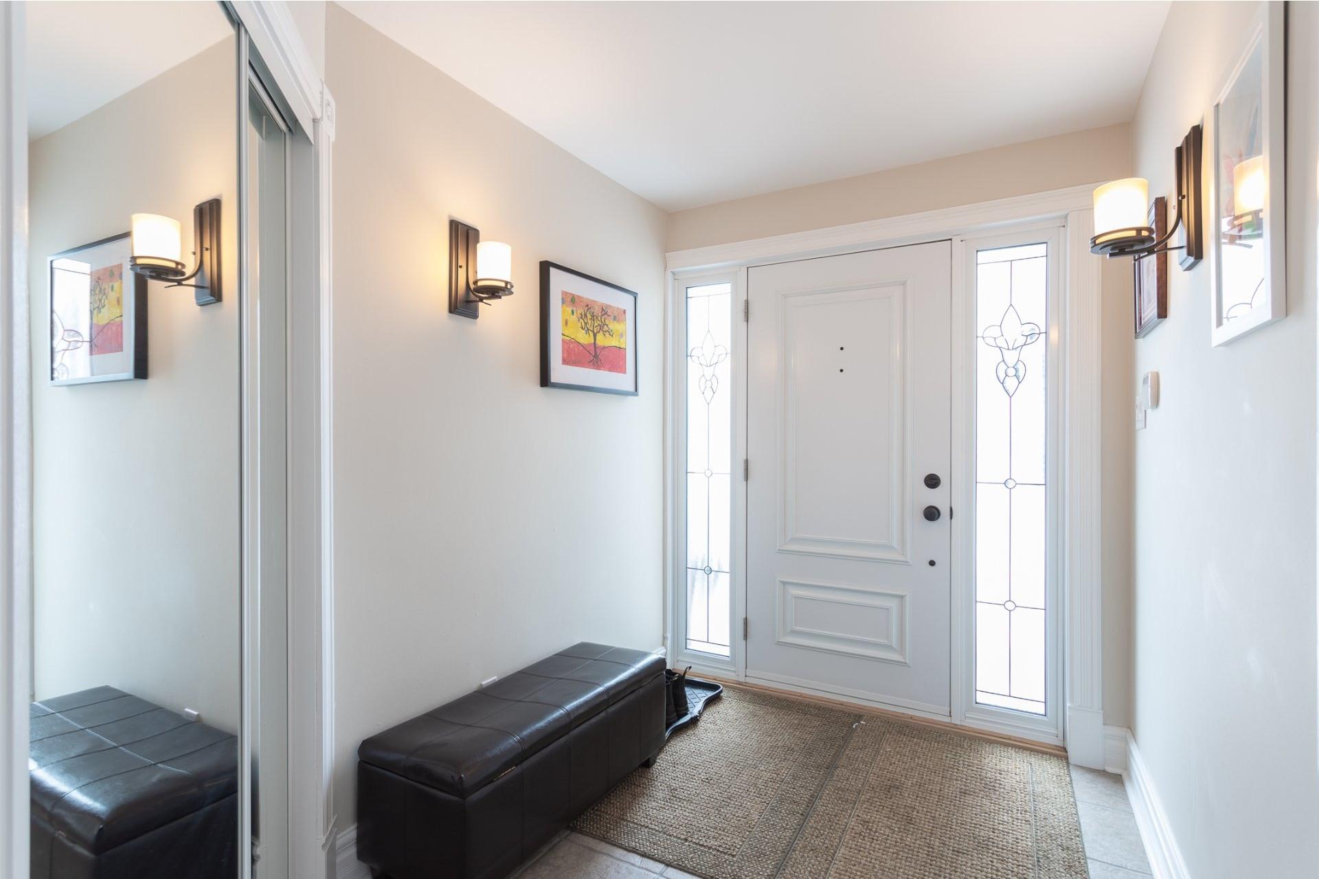 image 2 - Maison À vendre Saint-Bruno-de-Montarville - 14 pièces
