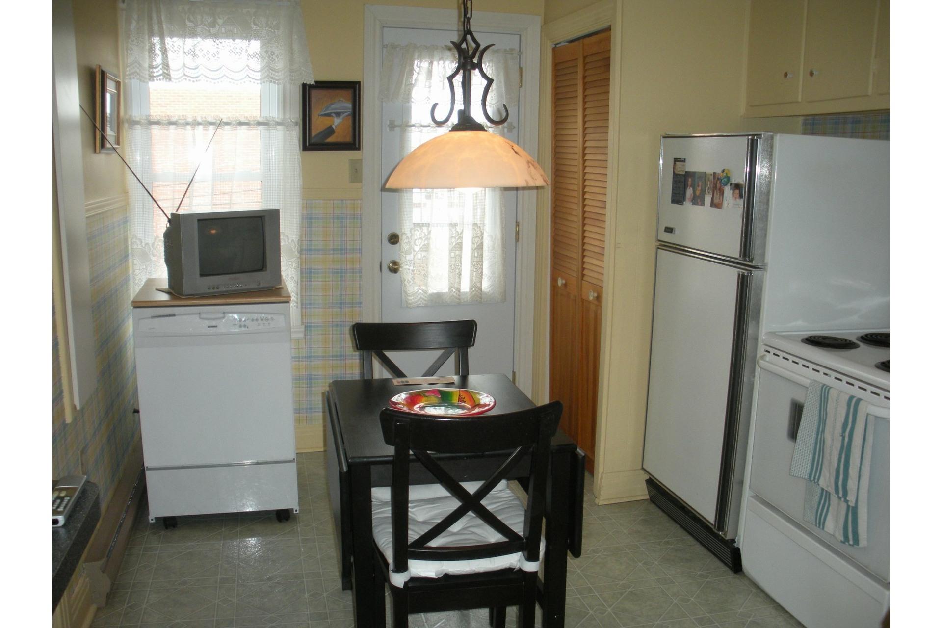 image 10 - Apartment For rent Verdun/Île-des-Soeurs Montréal  - 5 rooms