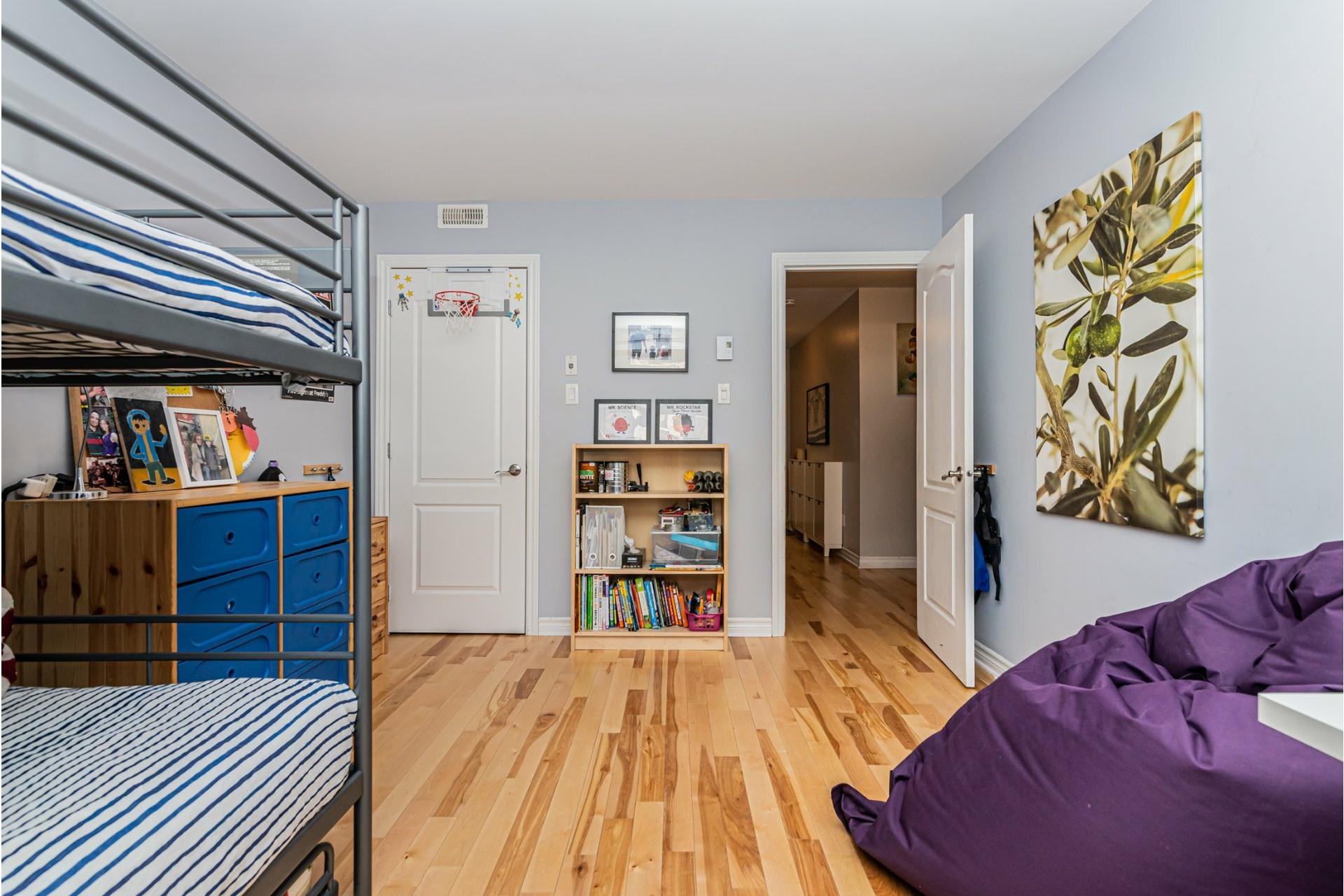 image 16 - Appartement À vendre Le Sud-Ouest Montréal  - 8 pièces