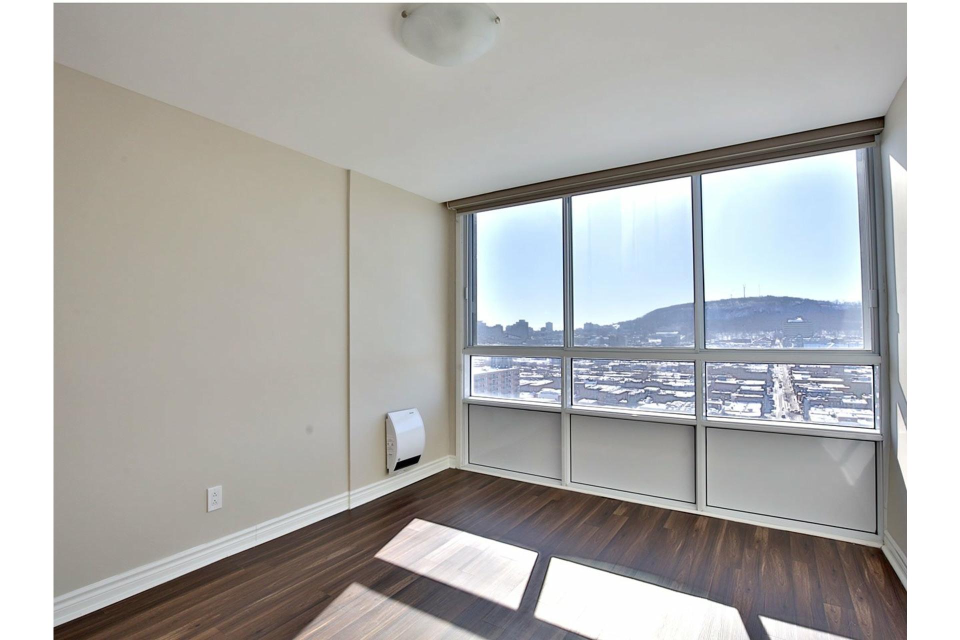 image 5 - Apartment For rent Le Plateau-Mont-Royal Montréal  - 4 rooms