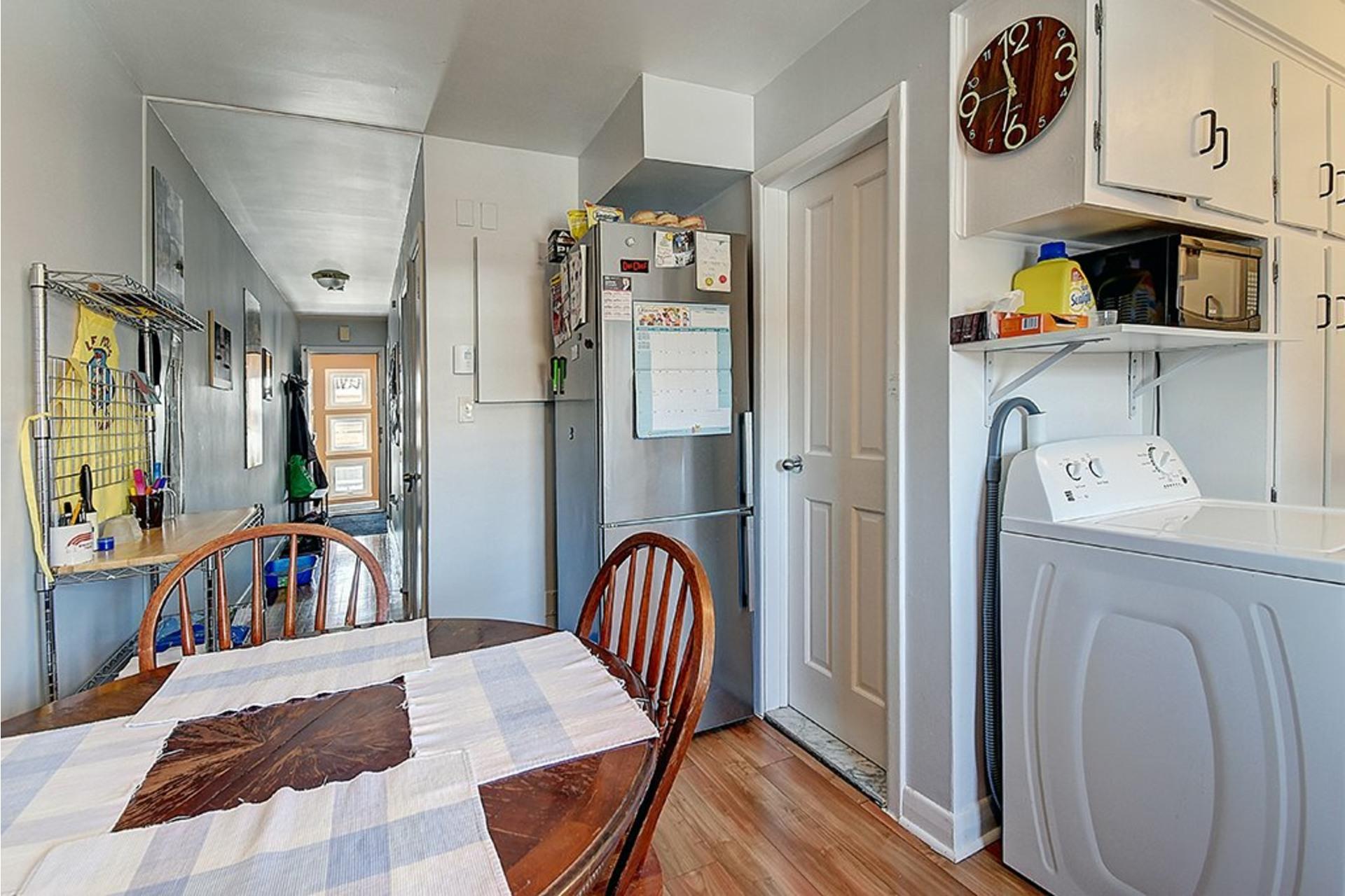 image 24 - Triplex For sale LaSalle Montréal  - 9 rooms