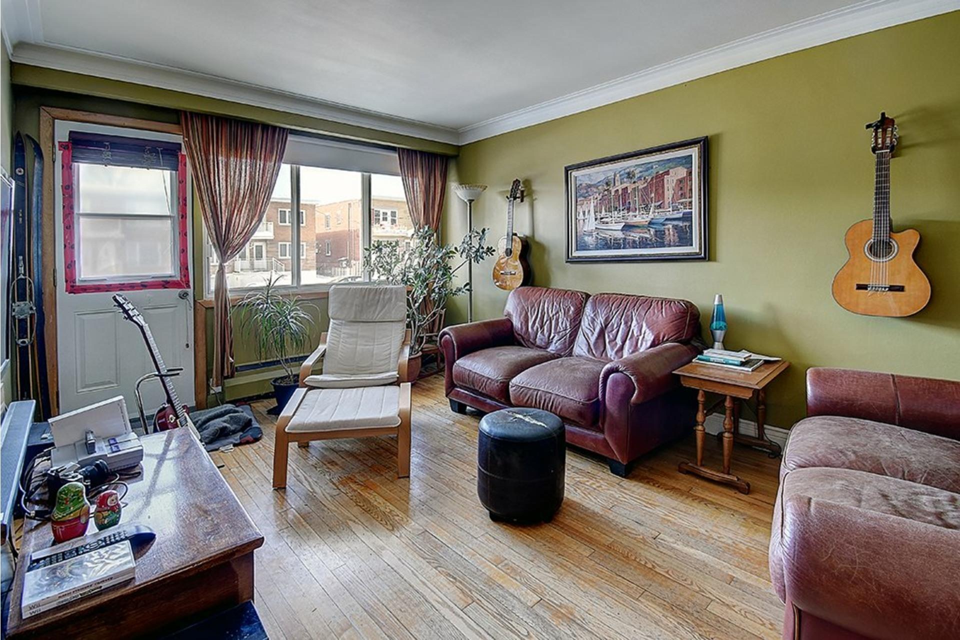image 3 - Triplex For sale LaSalle Montréal  - 9 rooms