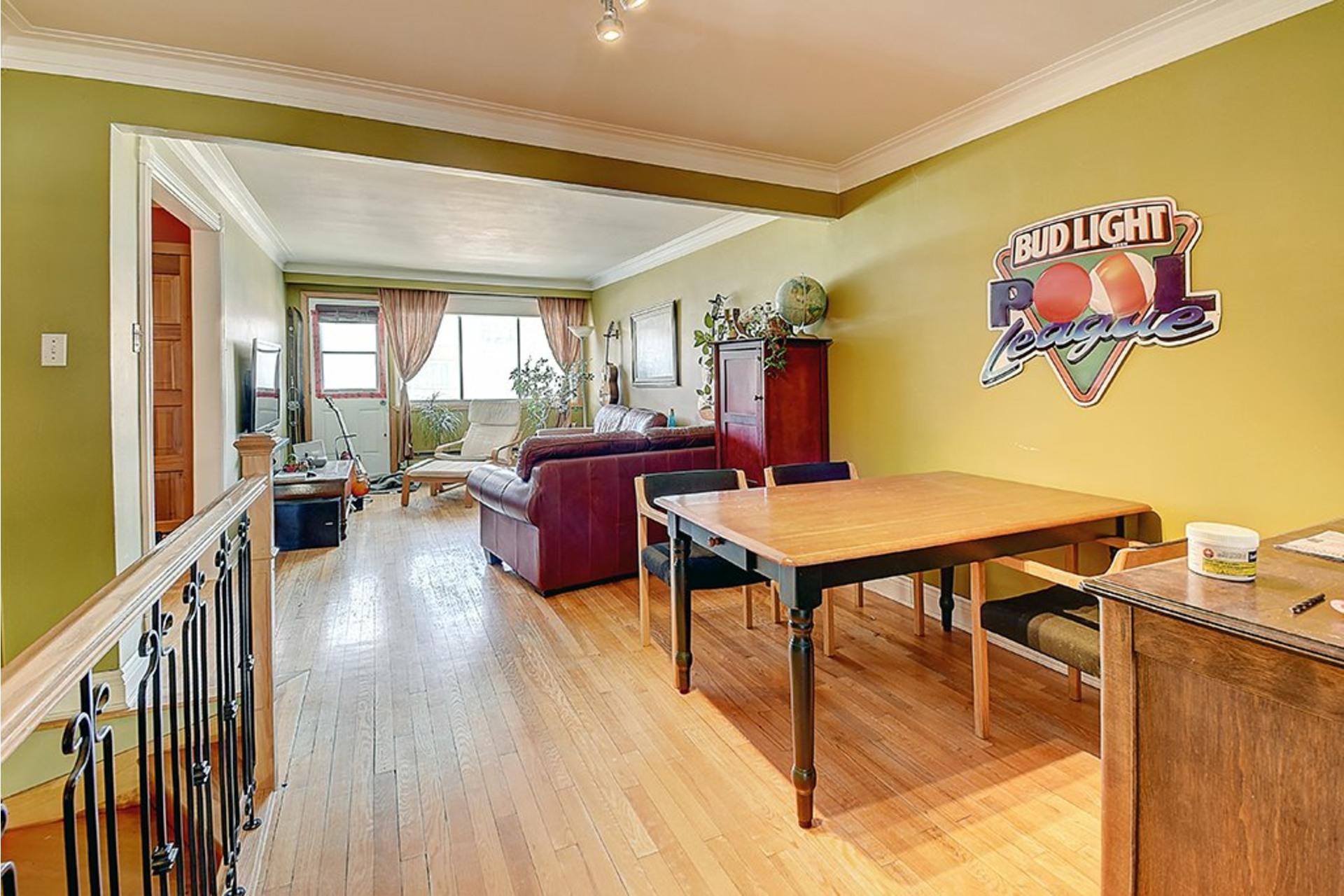 image 6 - Triplex For sale LaSalle Montréal  - 9 rooms