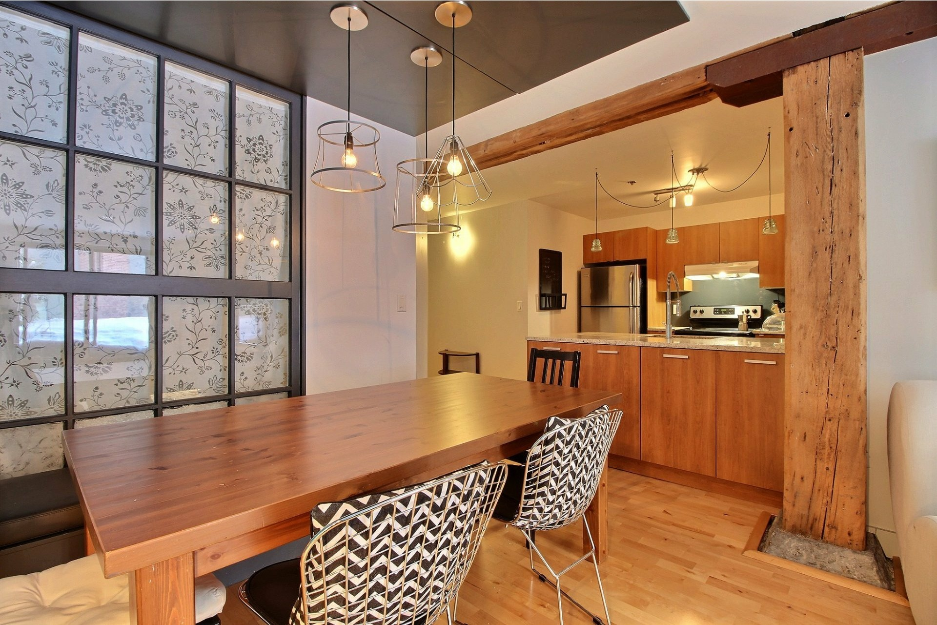 image 4 - Apartment For rent Mercier/Hochelaga-Maisonneuve Montréal  - 5 rooms
