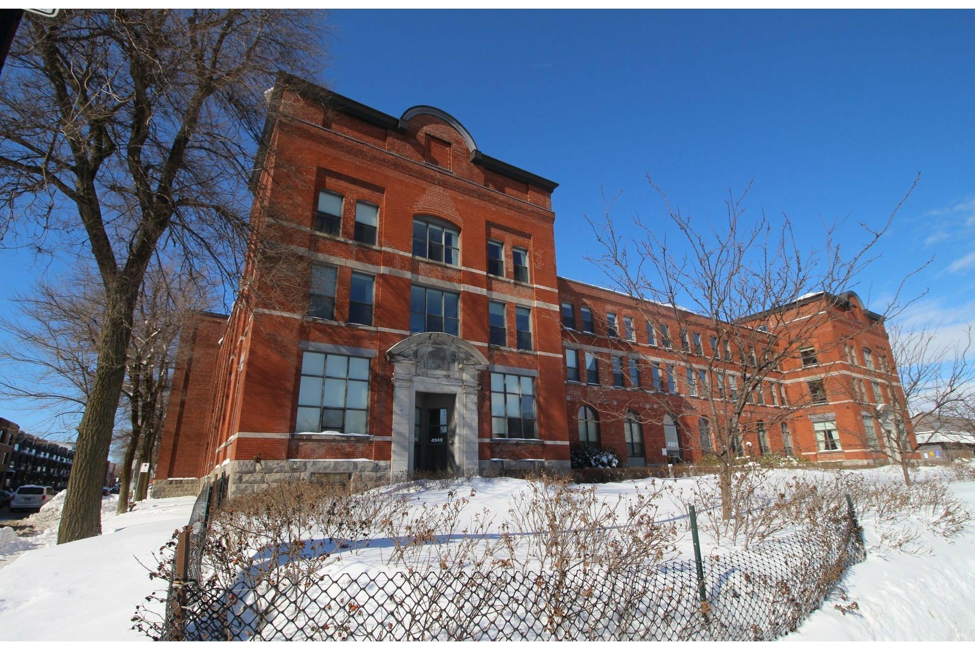 image 15 - Apartment For rent Mercier/Hochelaga-Maisonneuve Montréal  - 5 rooms