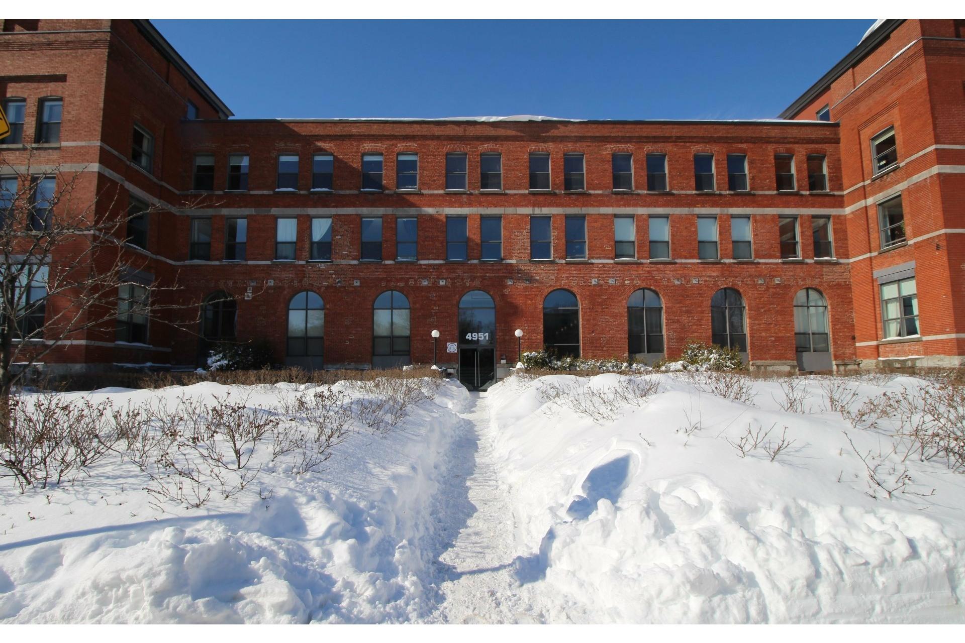 image 16 - Appartement À louer Mercier/Hochelaga-Maisonneuve Montréal  - 5 pièces