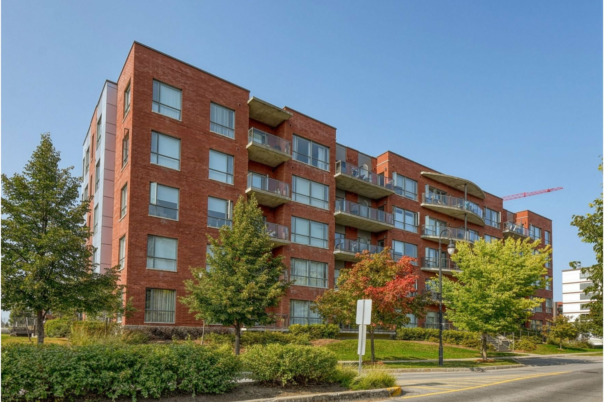 image 0 - Apartment For rent Boisbriand - 6 rooms