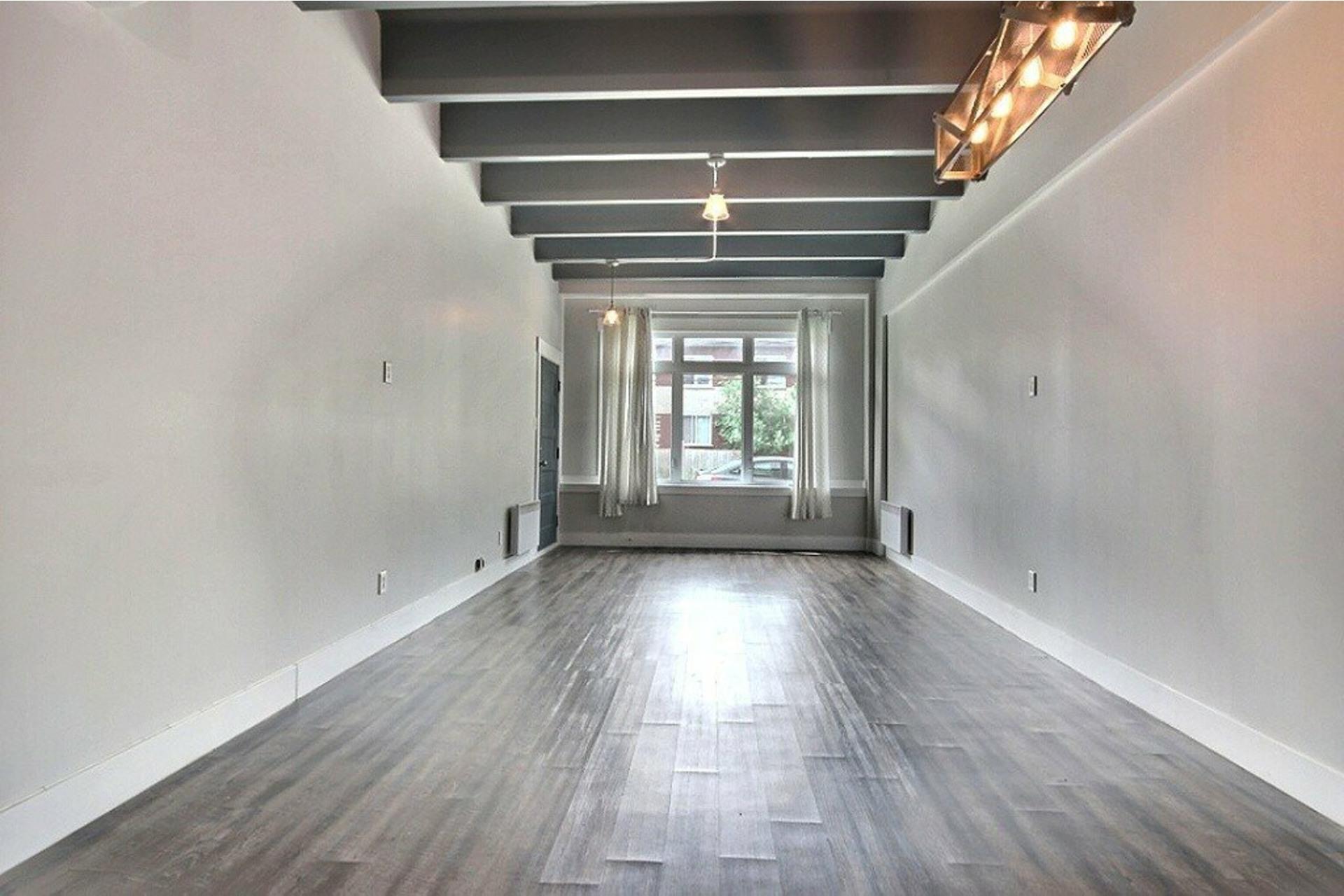 image 5 - Apartment For rent LaSalle Montréal  - 5 rooms