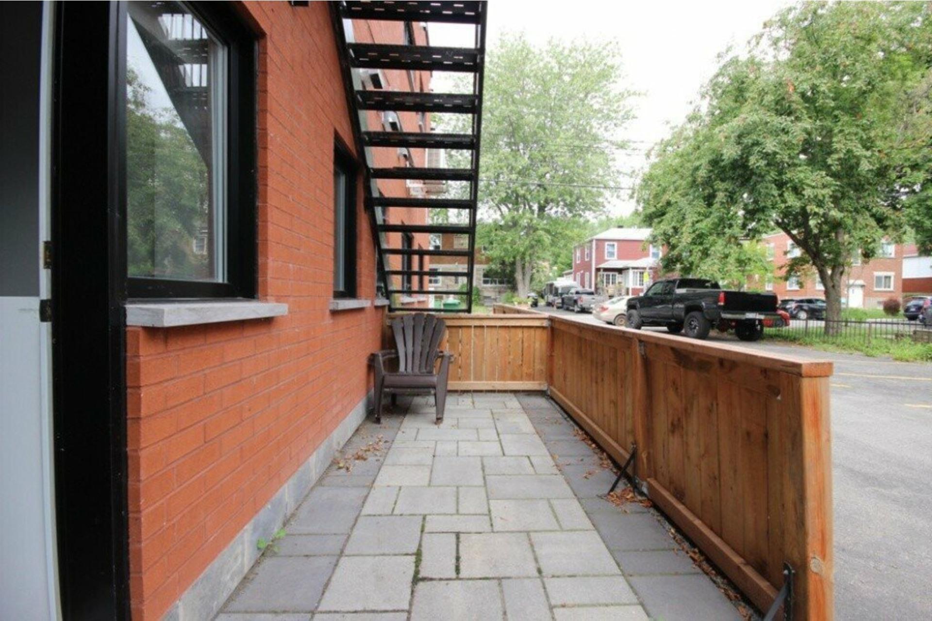 image 15 - Apartment For rent LaSalle Montréal  - 5 rooms