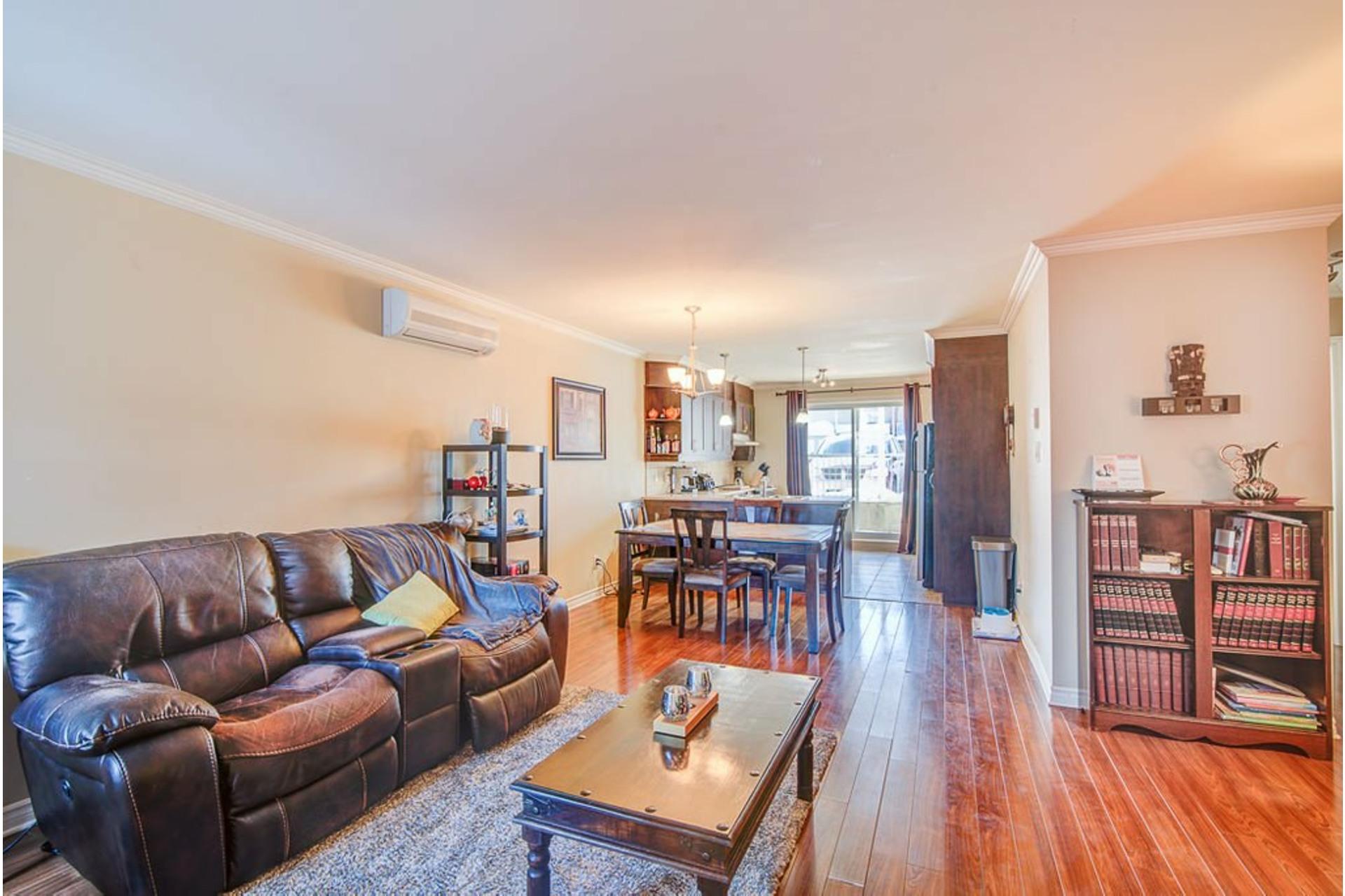 image 6 - Appartement À vendre Sainte-Anne-des-Plaines - 7 pièces