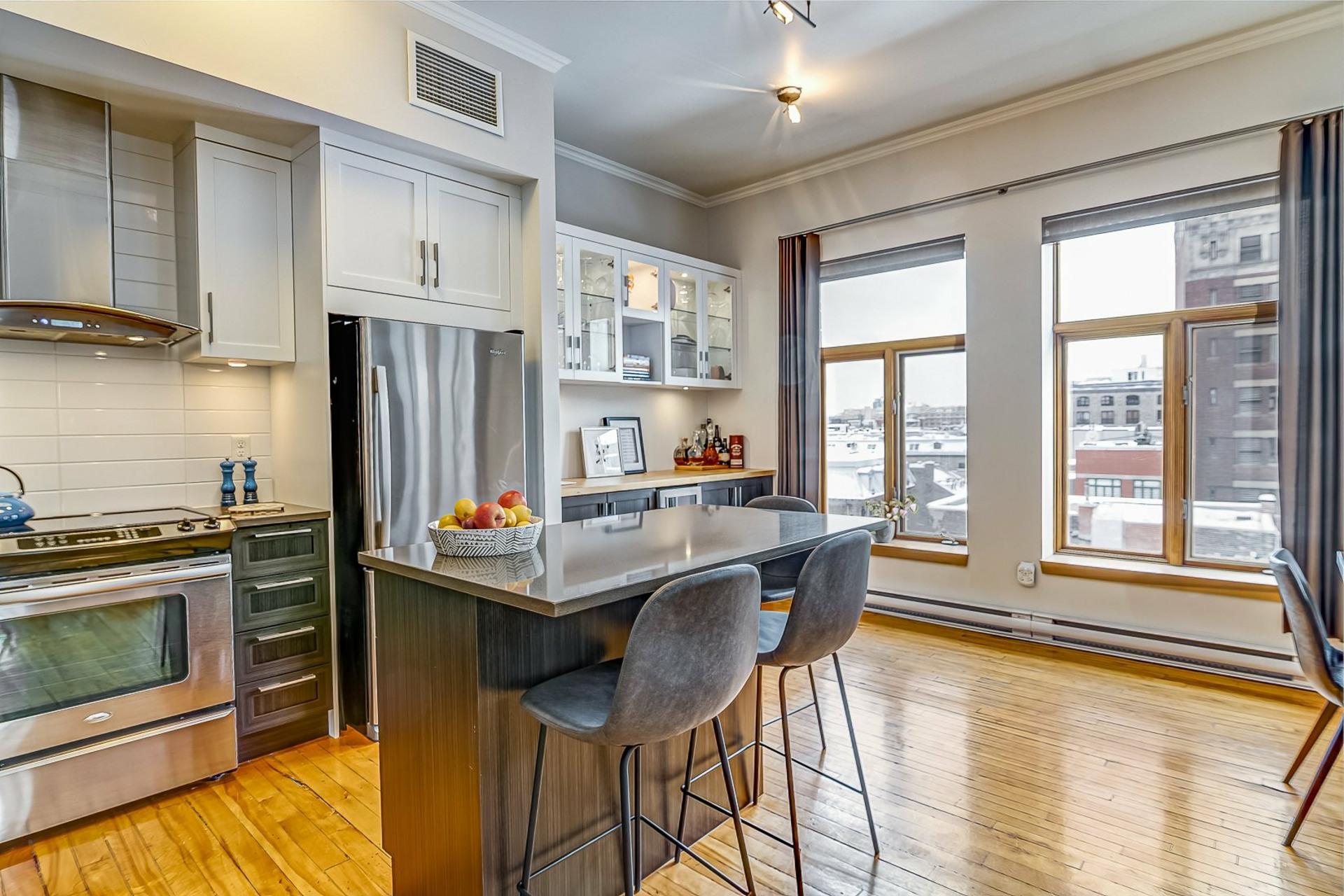 image 6 - Loft À vendre Ville-Marie Montréal  - 5 pièces