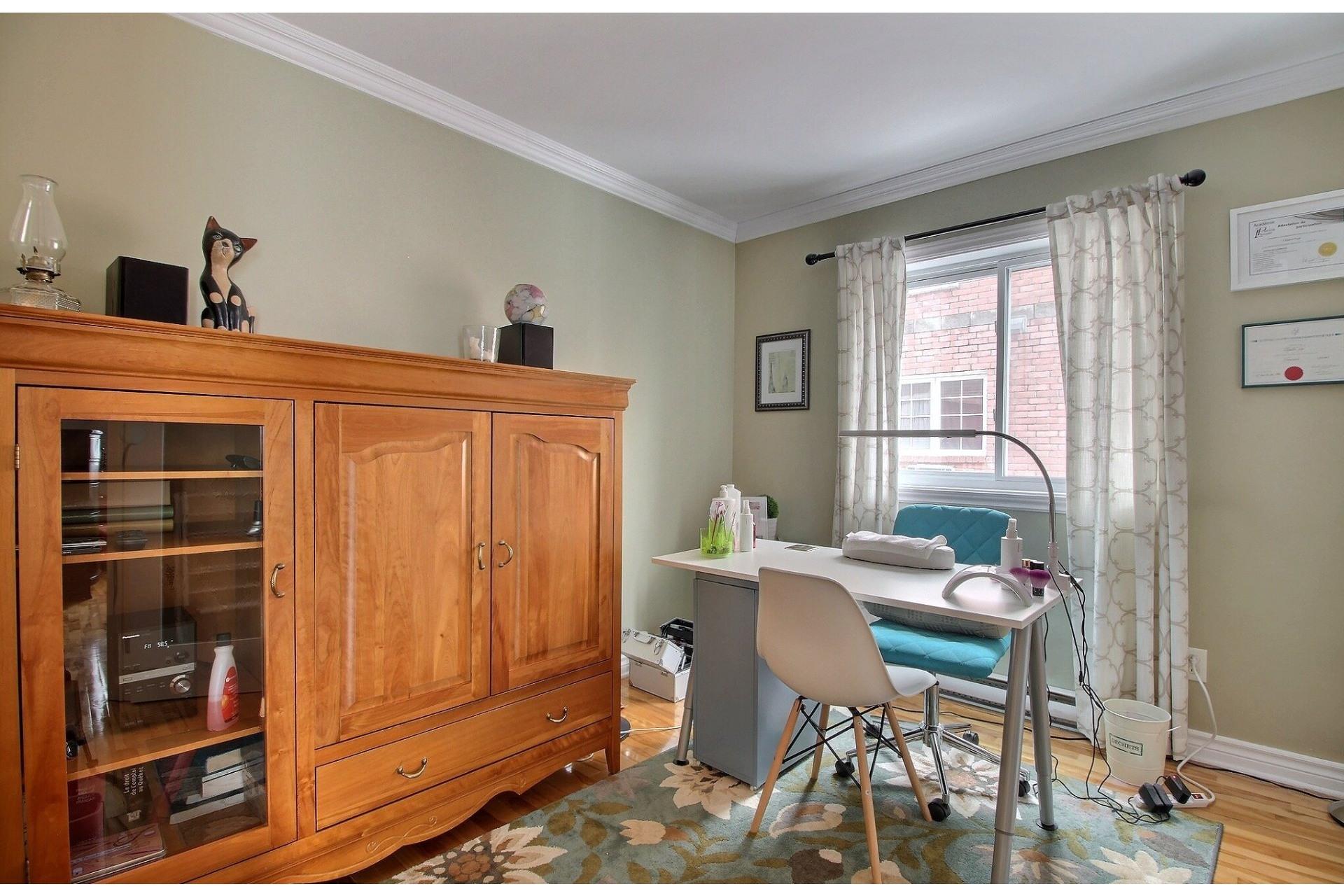 image 17 - Appartement À vendre Rivière-des-Prairies/Pointe-aux-Trembles Montréal  - 7 pièces