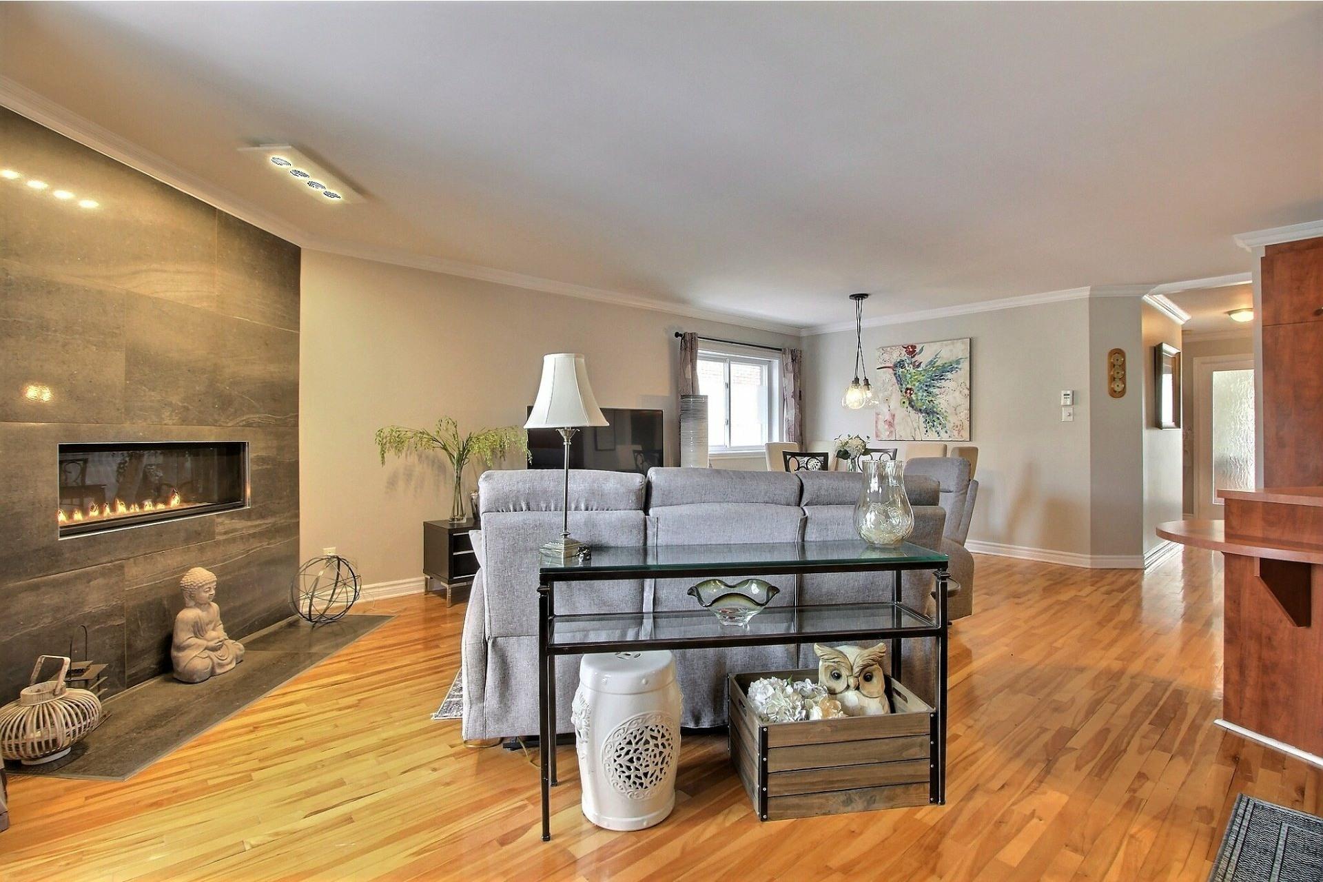 image 4 - Appartement À vendre Rivière-des-Prairies/Pointe-aux-Trembles Montréal  - 7 pièces