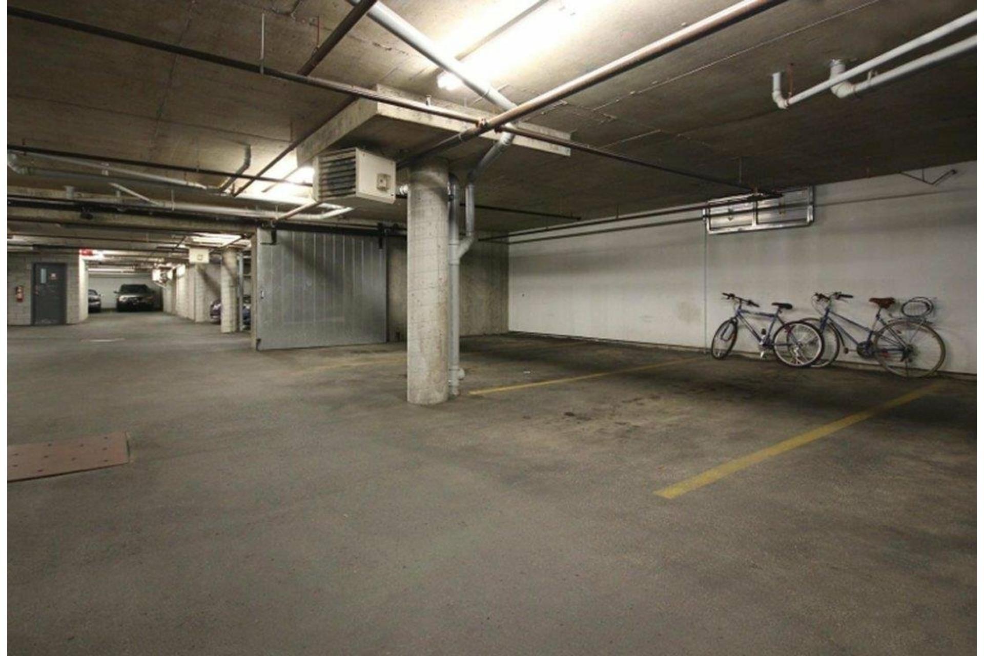 image 37 - Appartement À vendre Côte-des-Neiges/Notre-Dame-de-Grâce Montréal  - 6 pièces