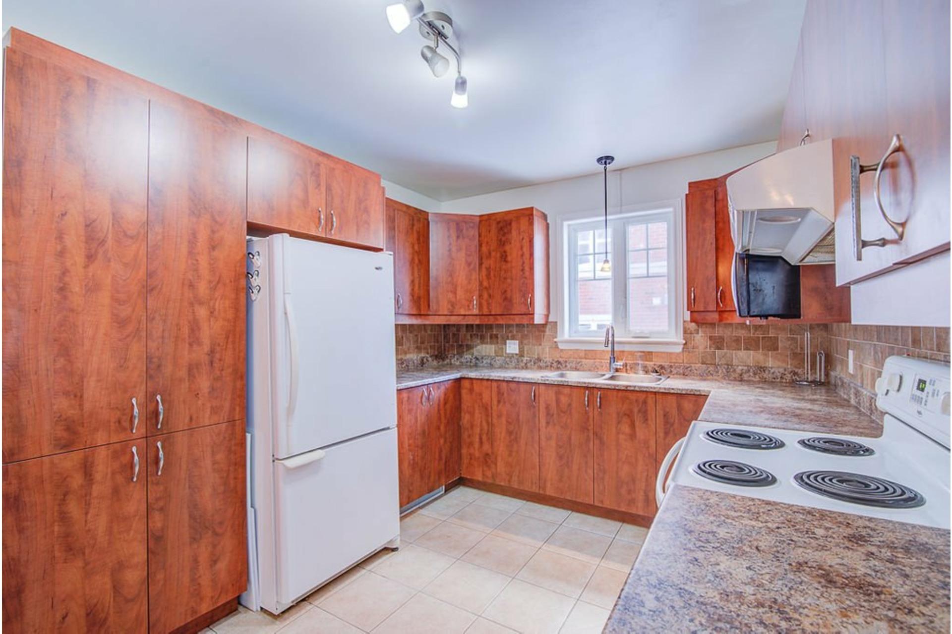 image 6 - Apartment For sale Sainte-Anne-des-Plaines - 7 rooms