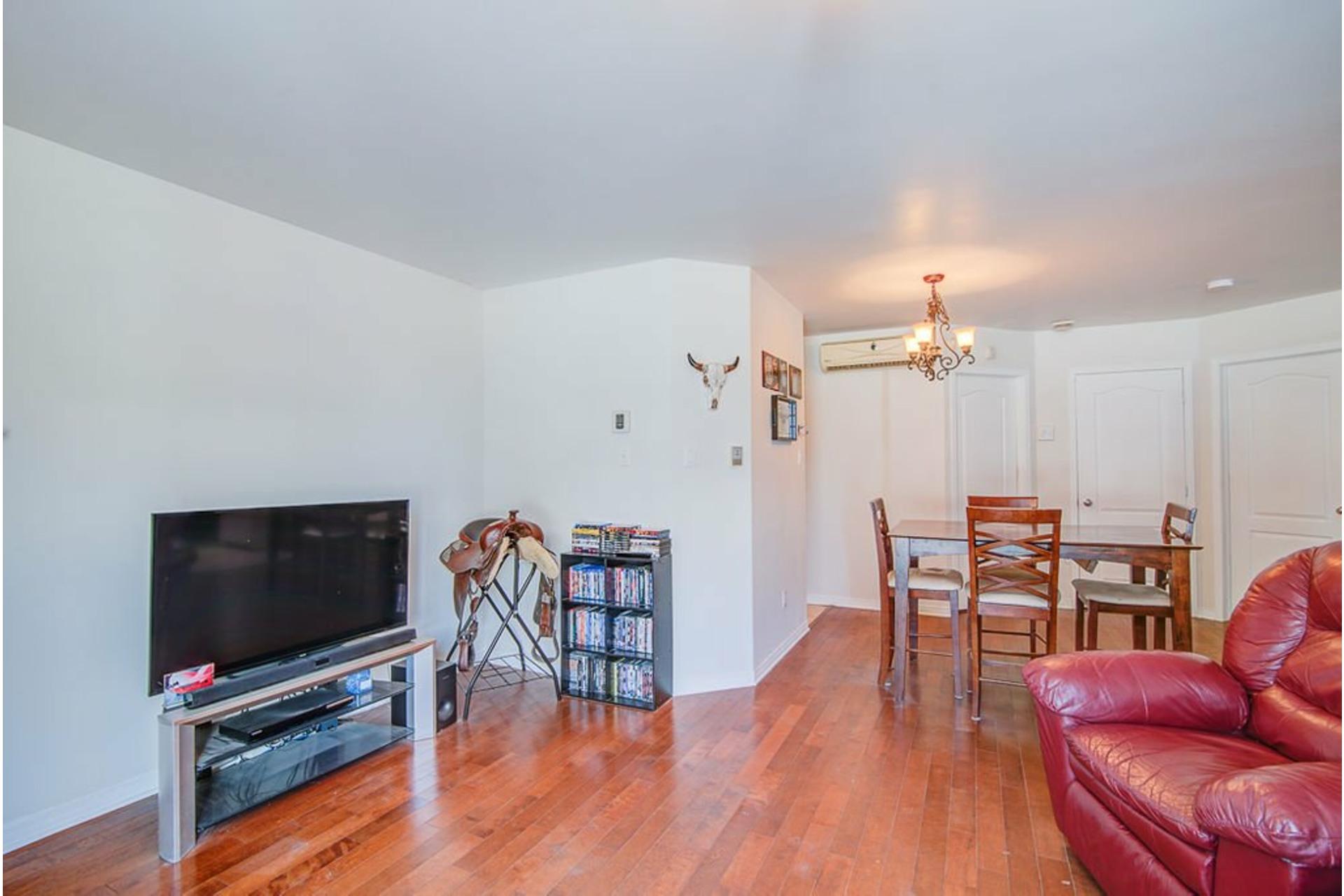 image 1 - Apartment For sale Sainte-Anne-des-Plaines - 7 rooms
