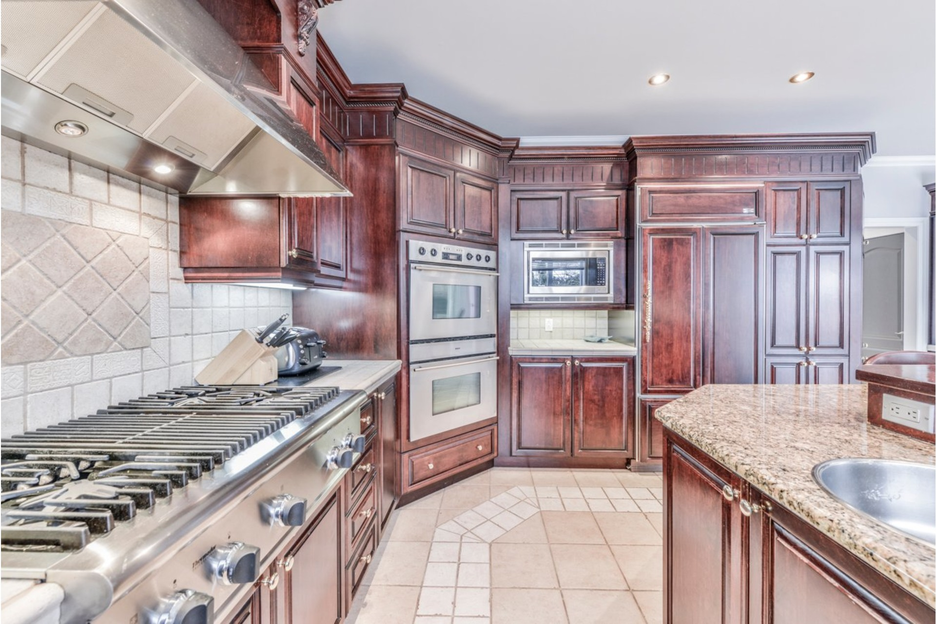 image 13 - House For sale Brossard - 17 rooms