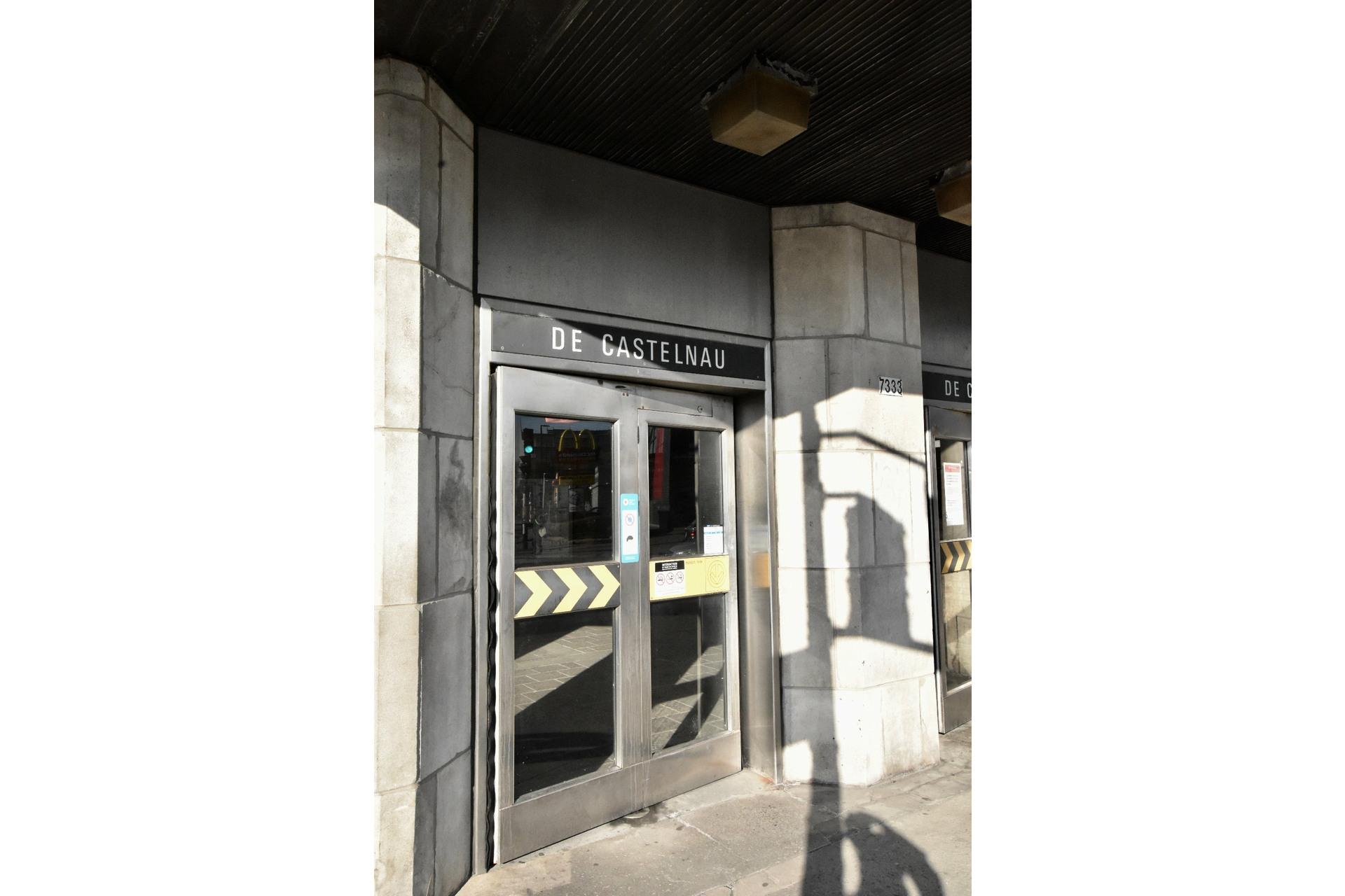 image 3 - Appartement À louer Villeray/Saint-Michel/Parc-Extension Montréal  - 8 pièces