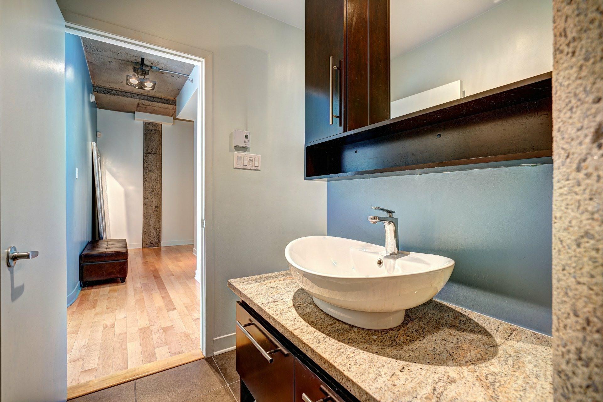 image 25 - Appartement À louer Villeray/Saint-Michel/Parc-Extension Montréal  - 8 pièces