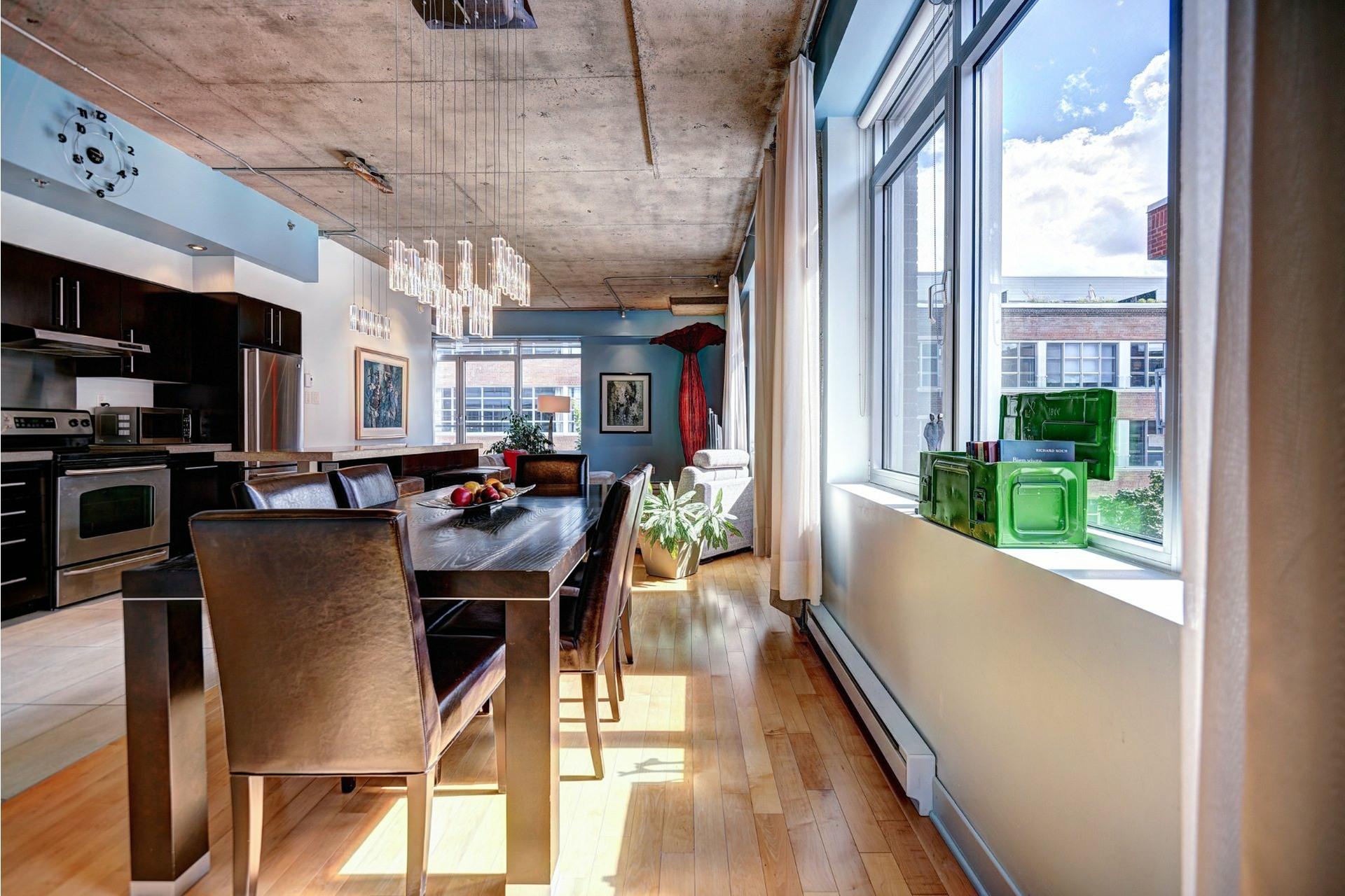 image 13 - Appartement À louer Villeray/Saint-Michel/Parc-Extension Montréal  - 8 pièces