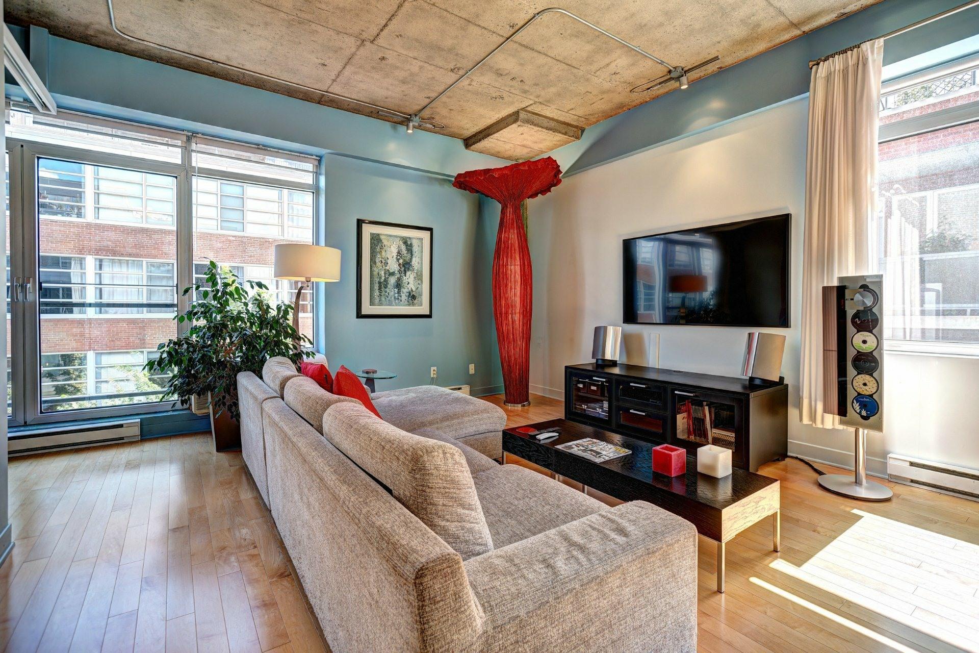 image 16 - Appartement À louer Villeray/Saint-Michel/Parc-Extension Montréal  - 8 pièces