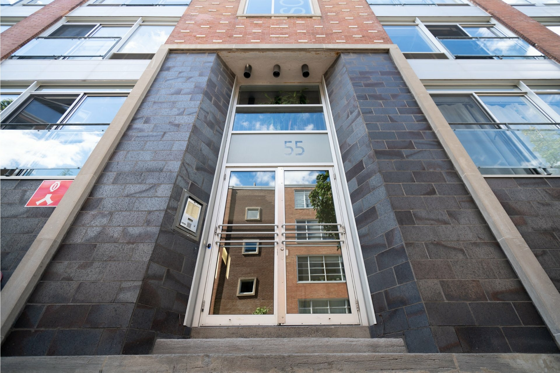 image 5 - Appartement À louer Villeray/Saint-Michel/Parc-Extension Montréal  - 8 pièces