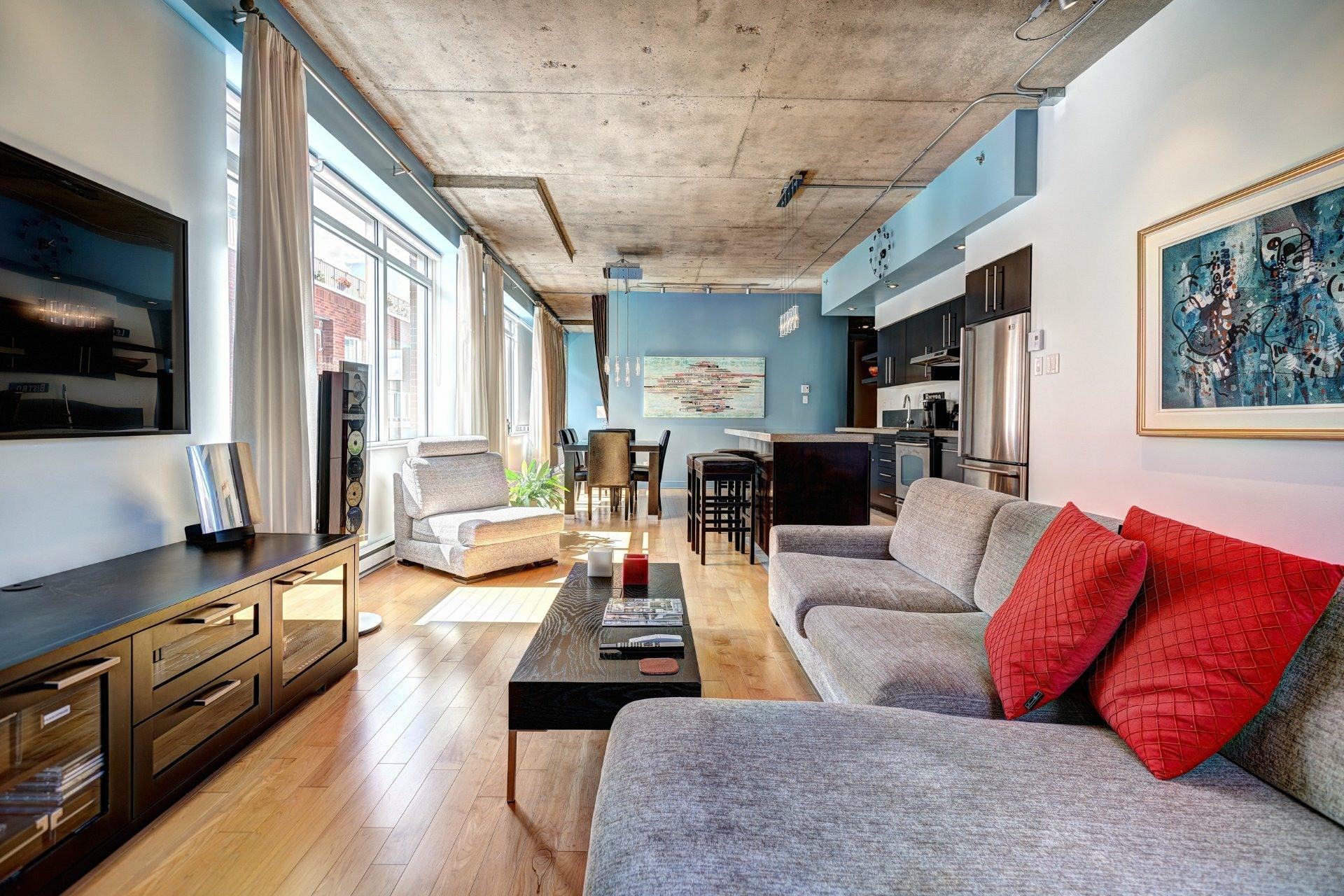 image 1 - Appartement À louer Villeray/Saint-Michel/Parc-Extension Montréal  - 8 pièces