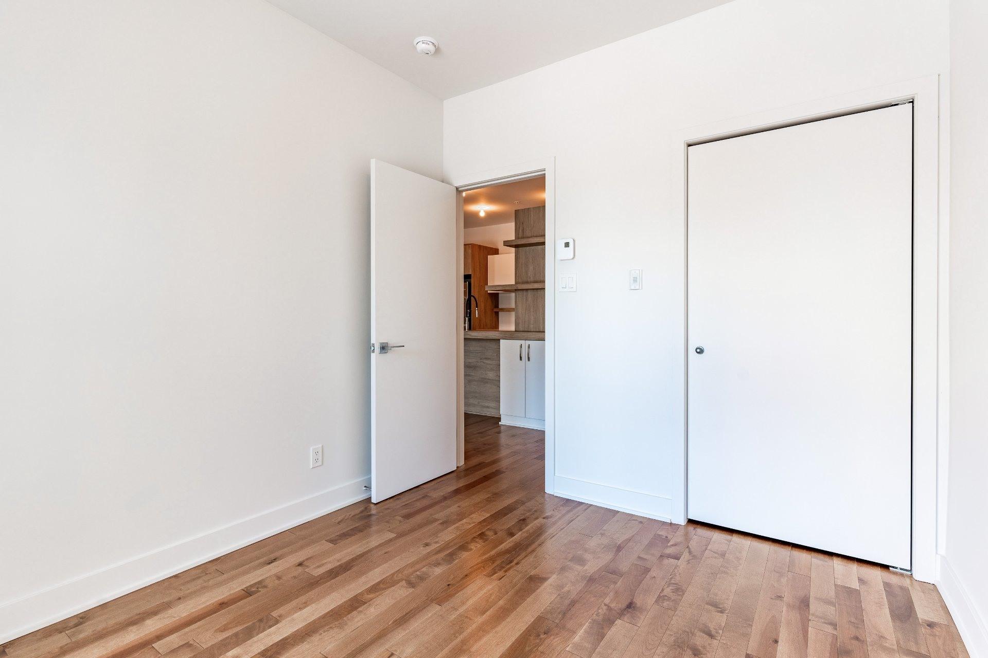 image 7 - Apartment For rent Rosemont/La Petite-Patrie Montréal  - 7 rooms