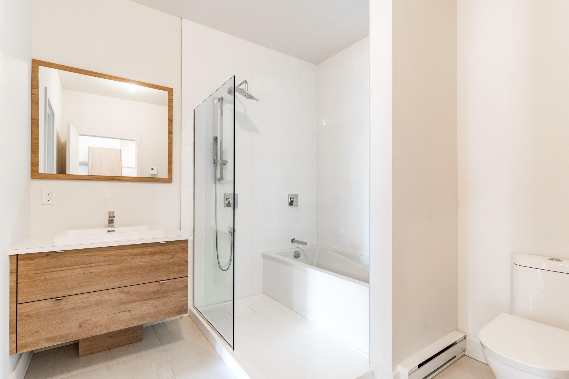 image 10 - Apartment For rent Rosemont/La Petite-Patrie Montréal  - 7 rooms